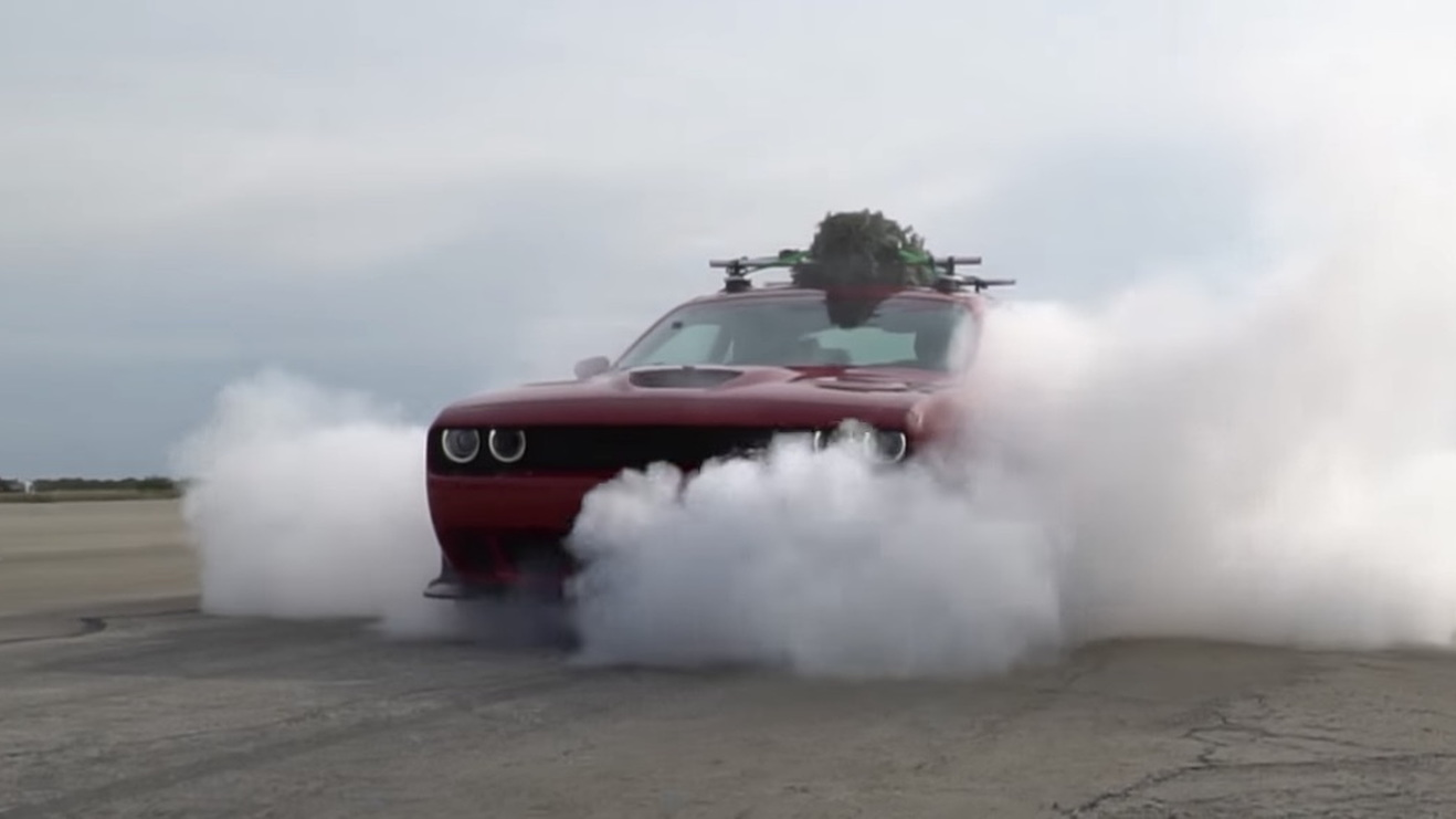 Hennessey goes 174 mph in Dodge Challenger Hellcat with Christmas tree