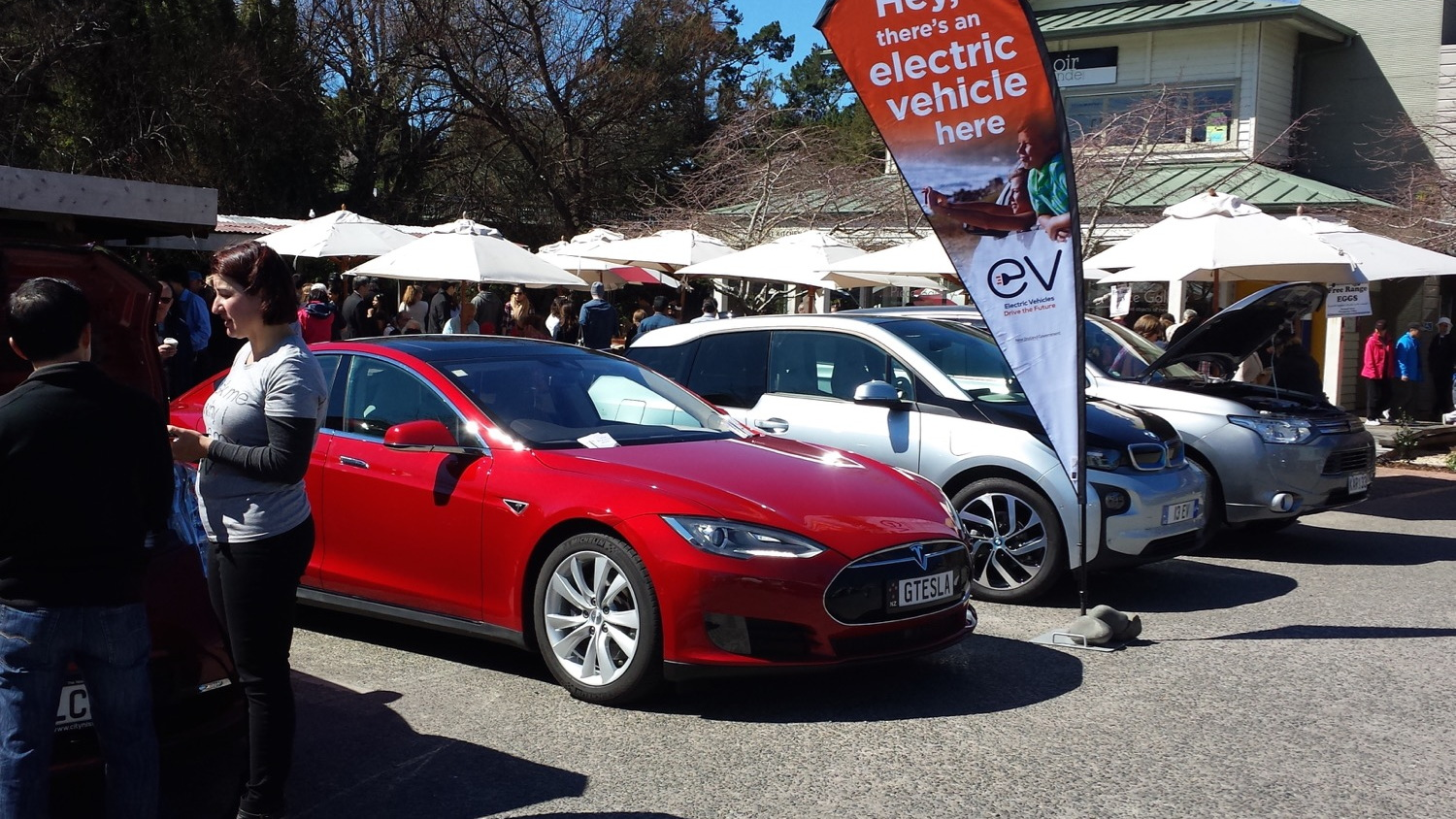 National Drive Electric Week 2016: Auckland, NZ [photo: Kathryn Trounson]