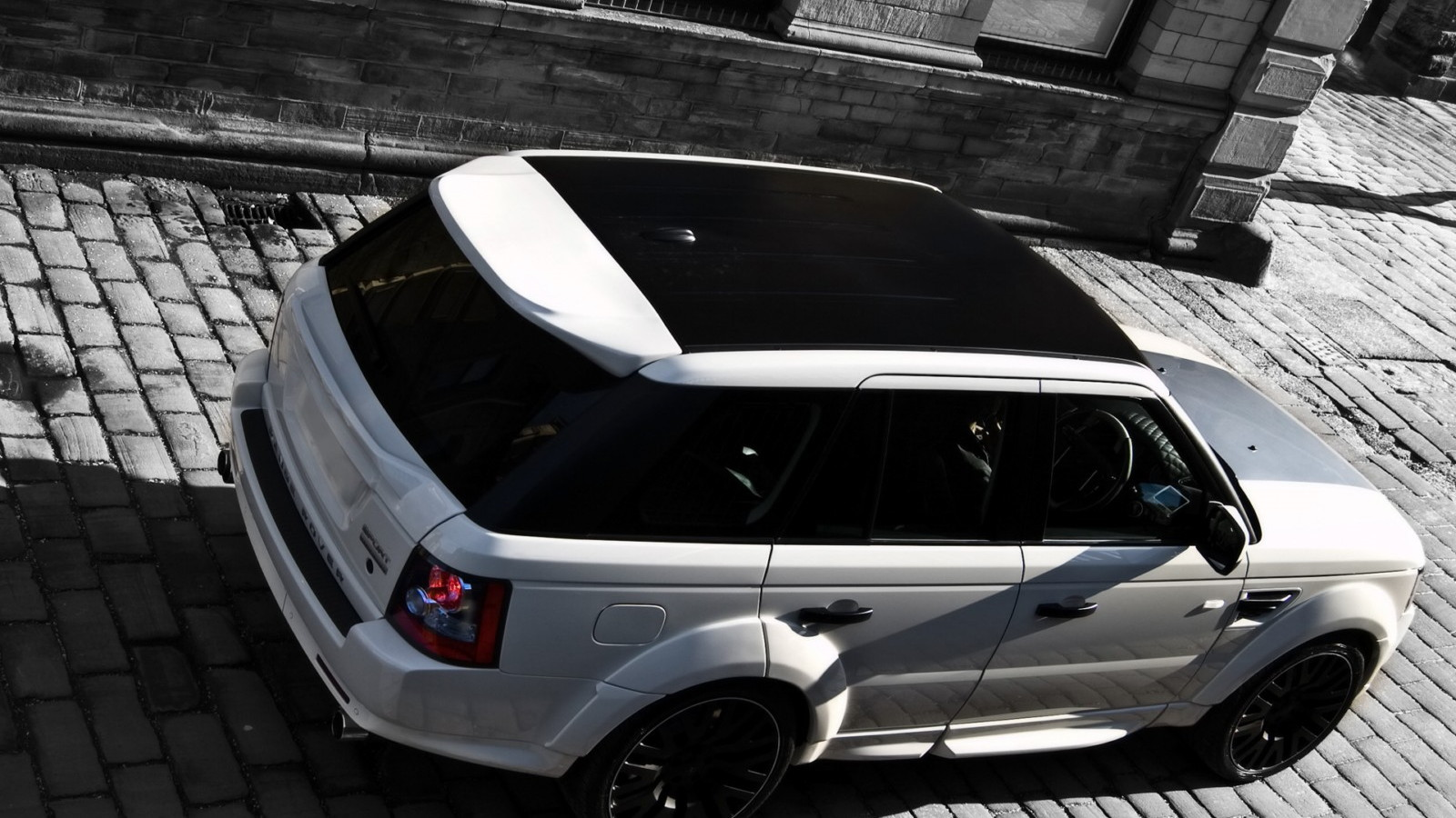 Project Kahn 2010 Range Rover Sport Supercharged RS600