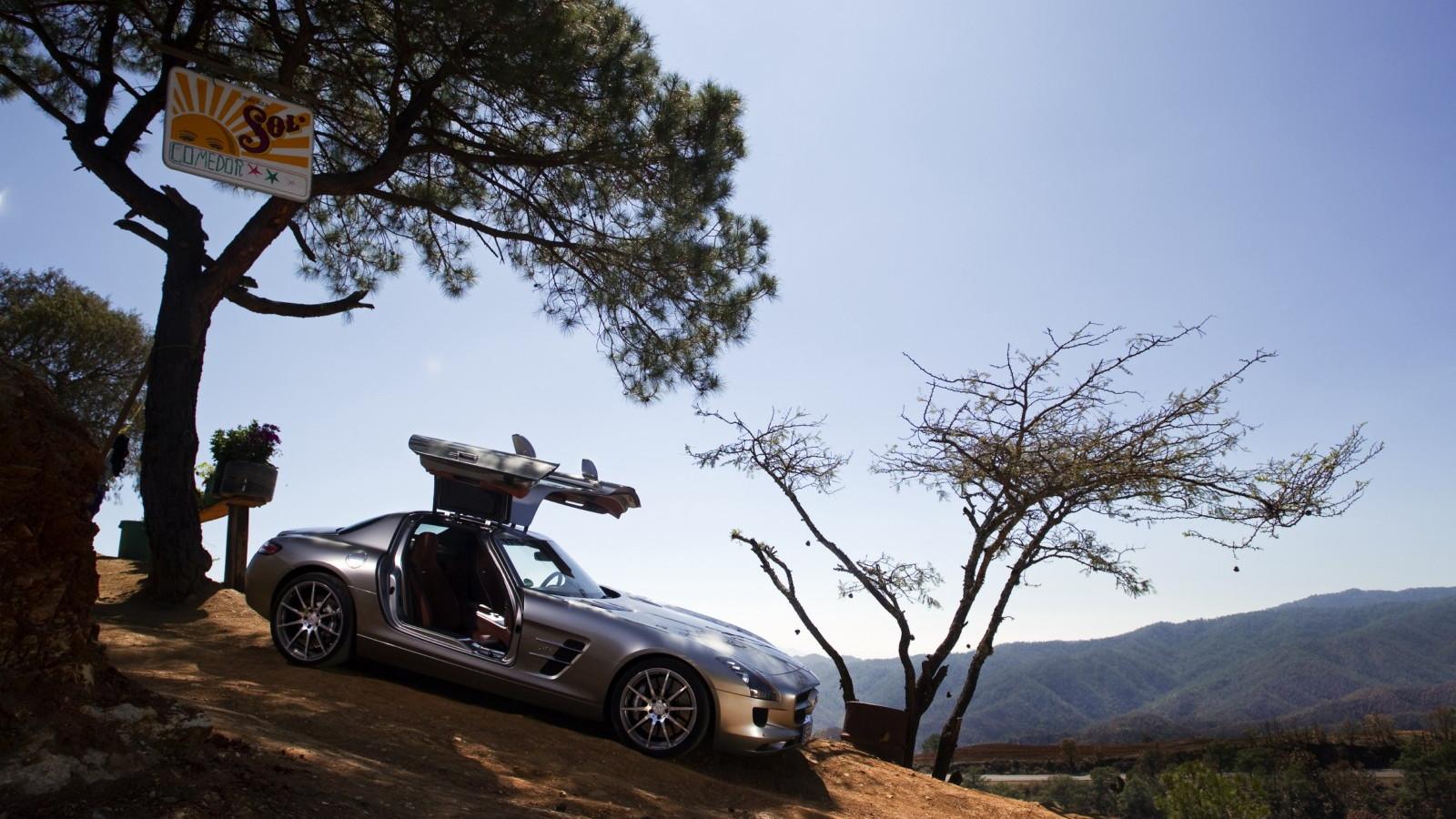 Mercedes SLS AMG Carrera Panamericana drive