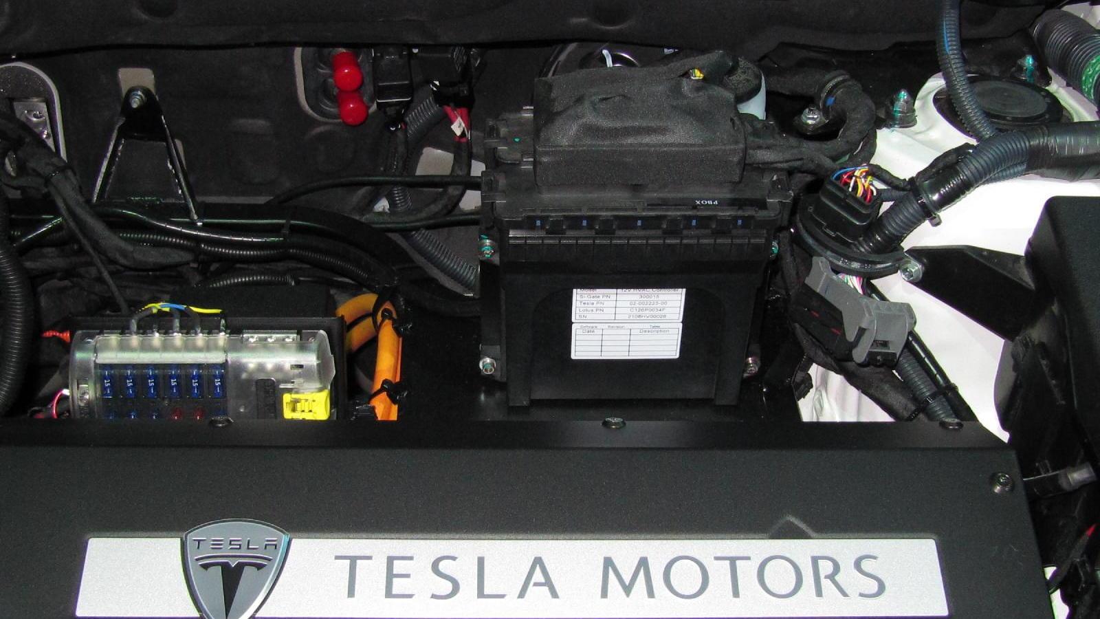 2012 Toyota RAV4 EV powered by Tesla, at 2010 Los Angeles Auto Show