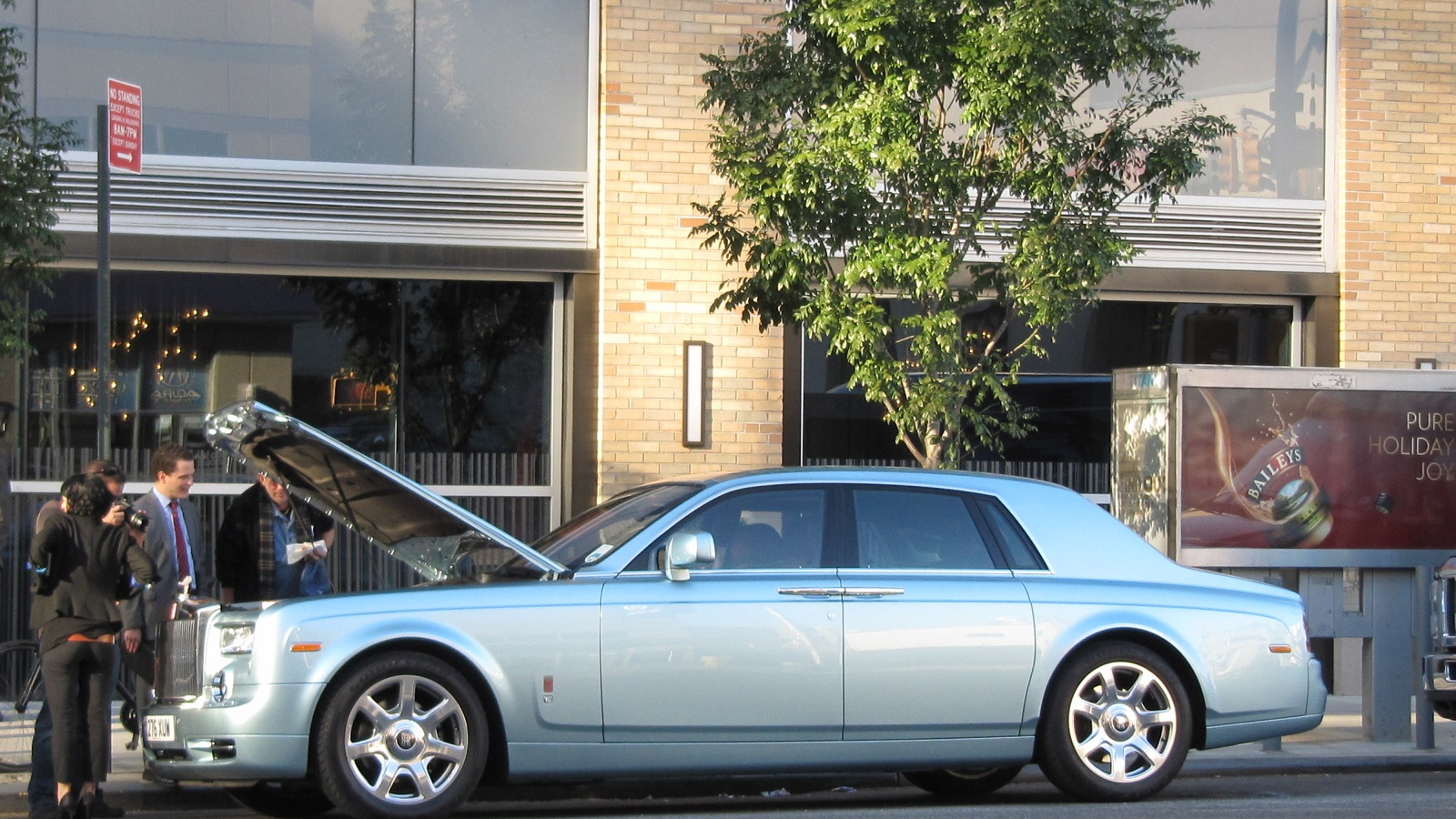 Rolls-Royce Phantom 102EX, experimental electric prototype, New York City, November 2011