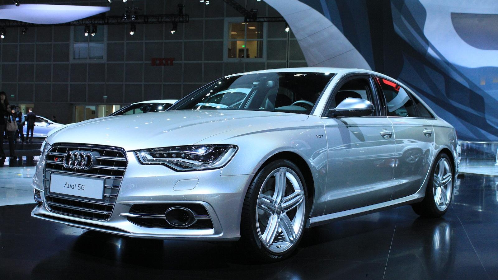 2012 Audi S6 live photos