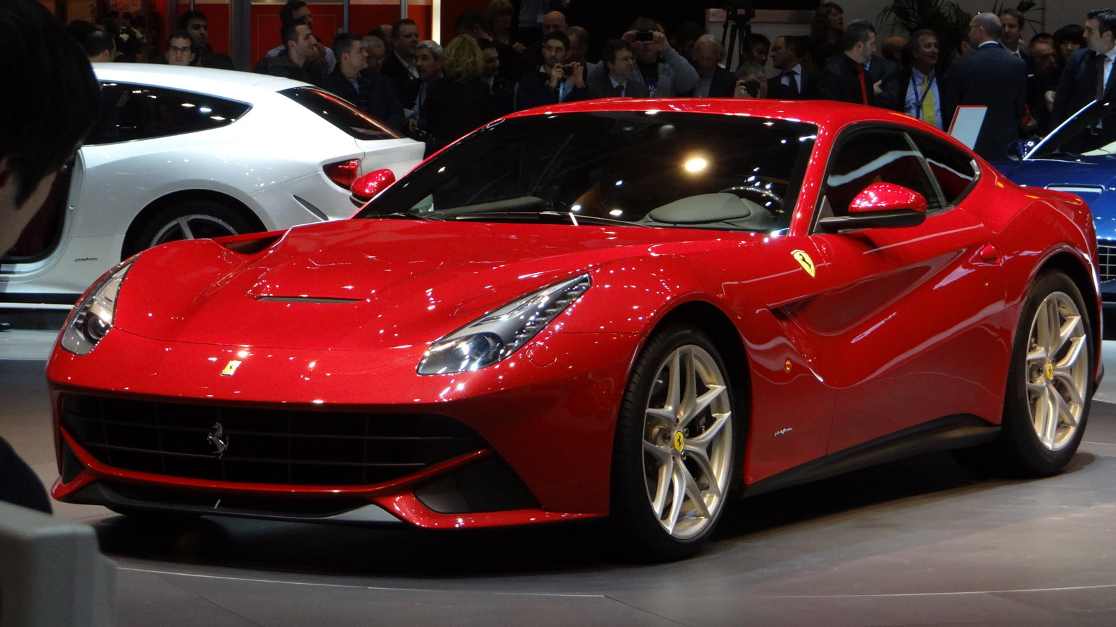Ferrari F12 Berlinetta live photos