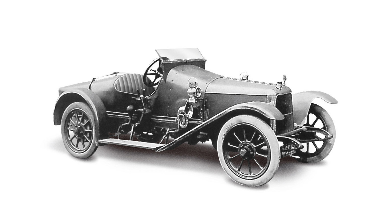 1915 Coal Scuttle