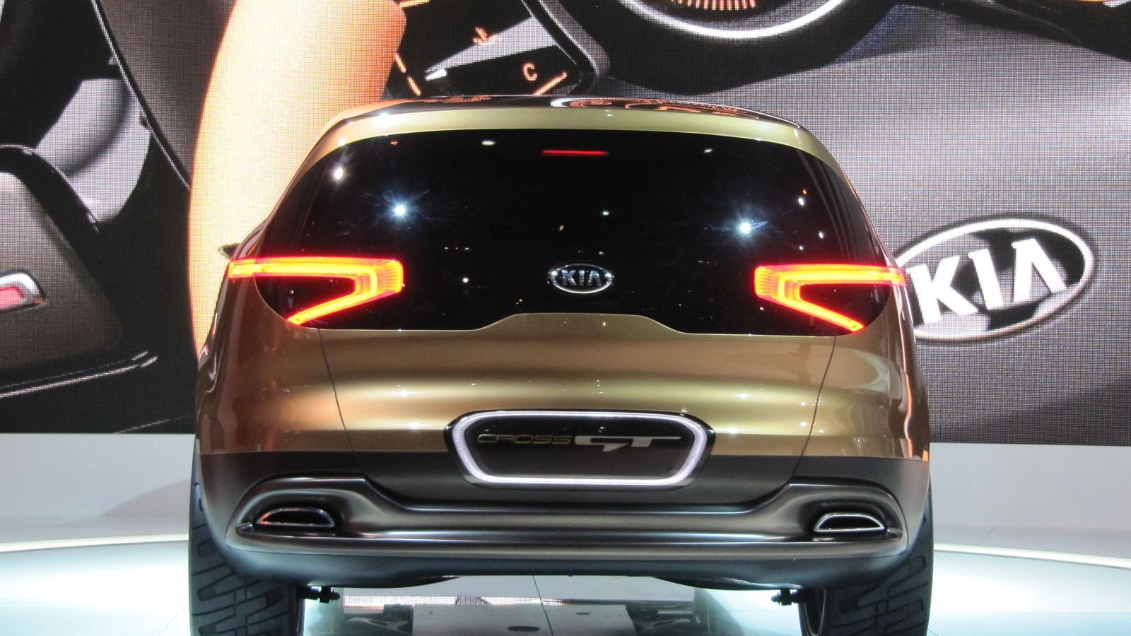 Kia Cross GT Concept, 2013 Chicago Auto Show