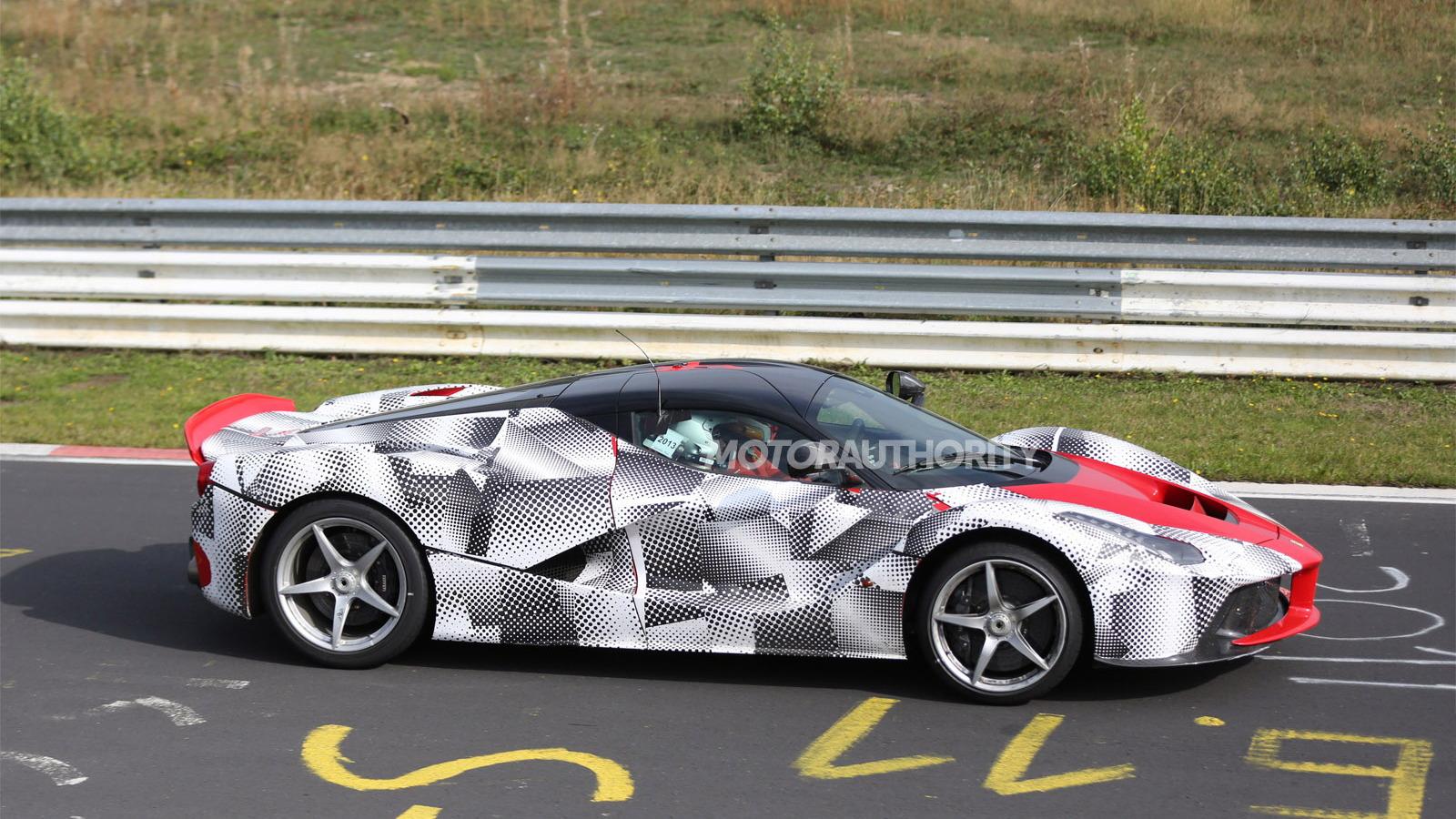 Ferrari LaFerrari testing on the Nordschleife spy shots