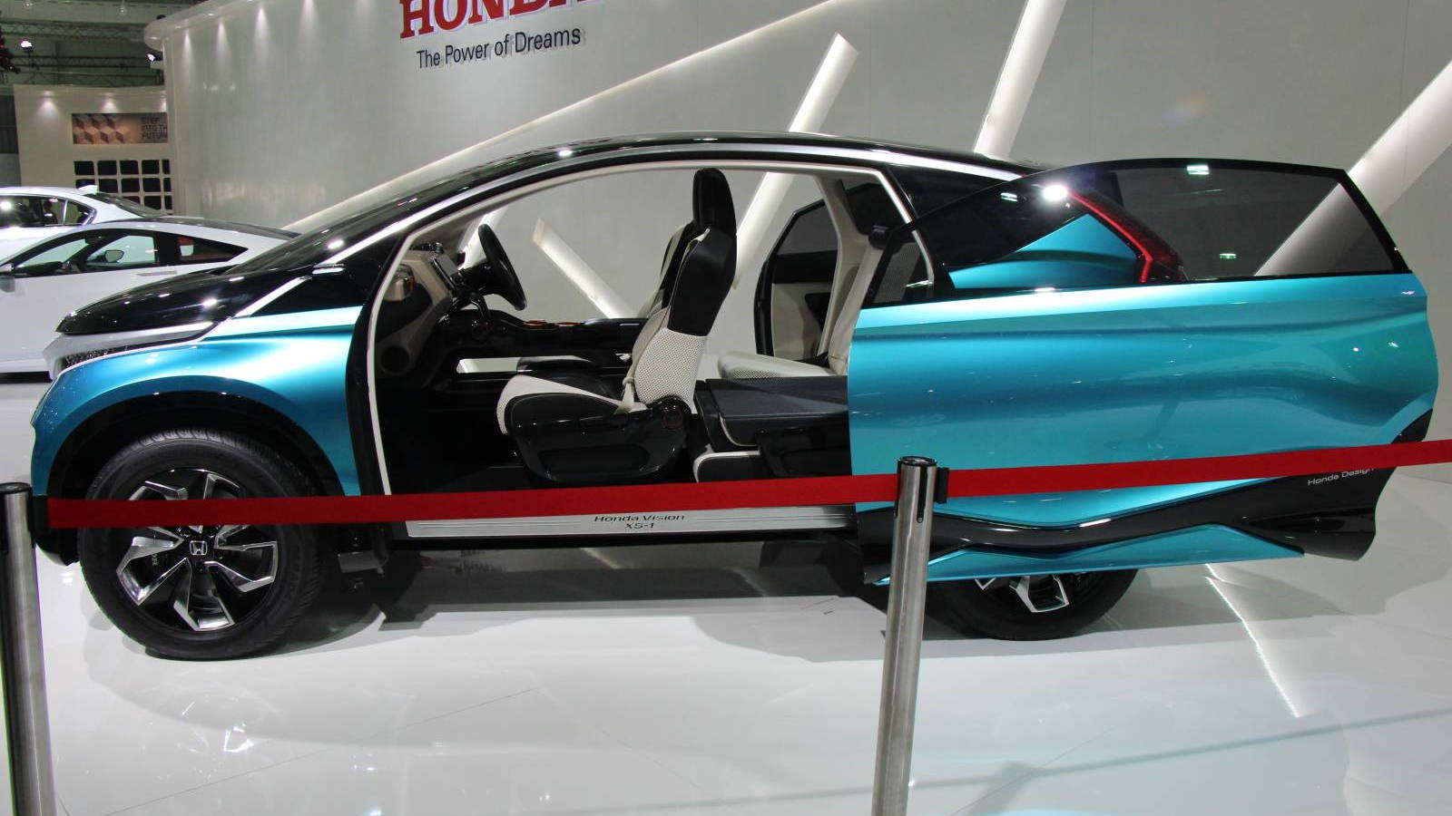 Honda Vision XS-1 concept [Photo courtesy of MotorBeam].