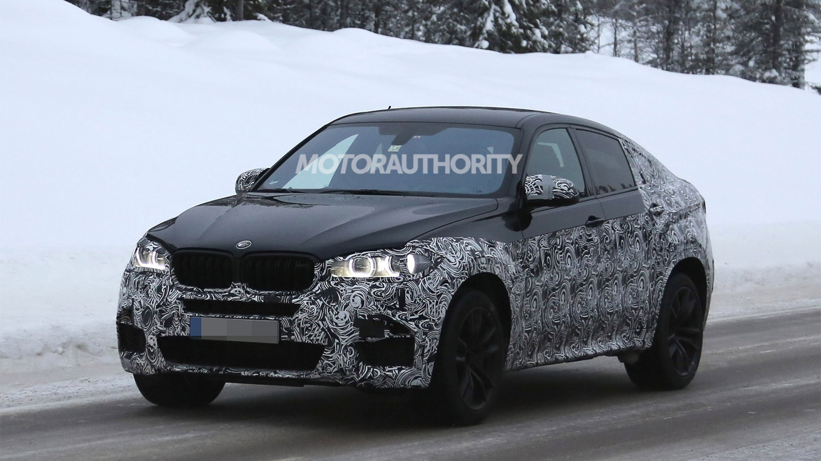 2015 BMW X6 M spy shots
