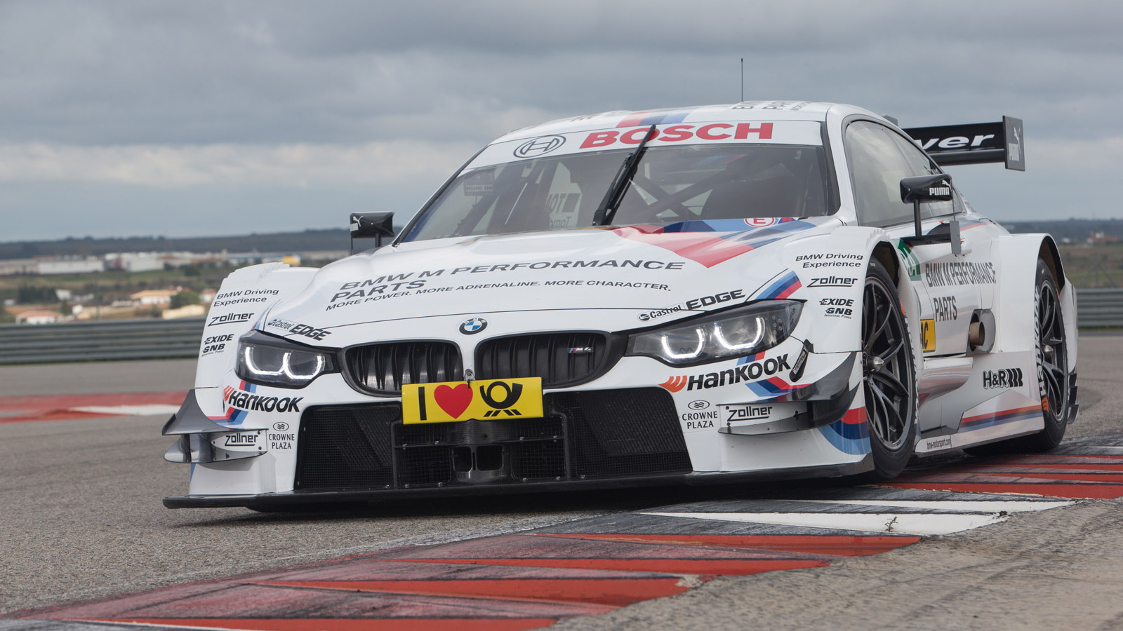 2014 BMW M4 DTM race car