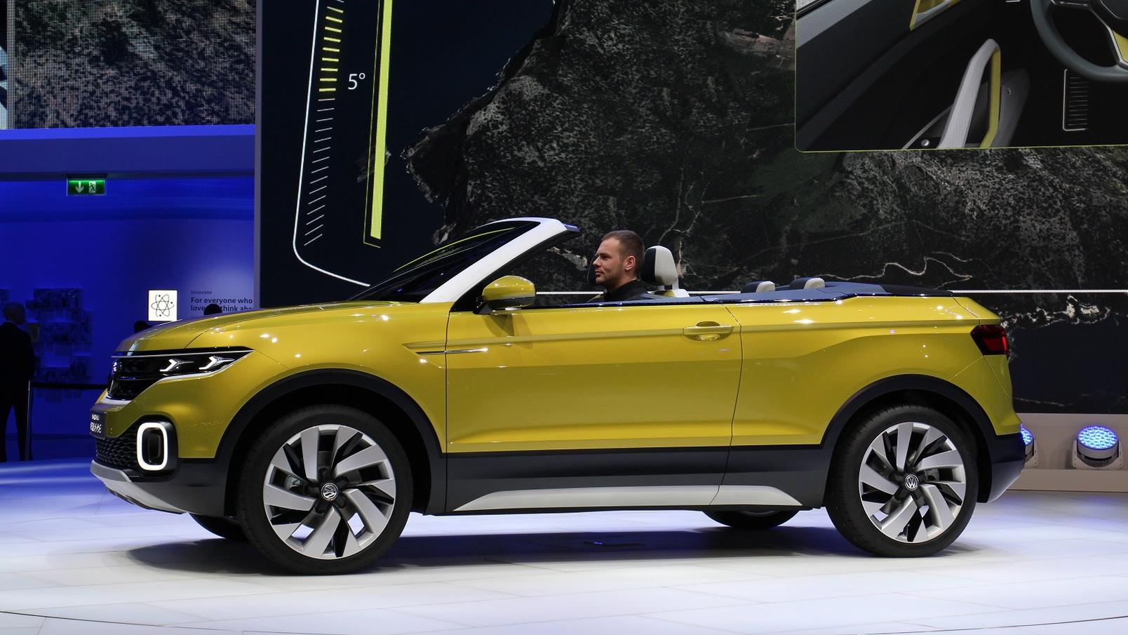 Volkswagen T-Cross Breeze Concept at 2016 Geneva Motor Show