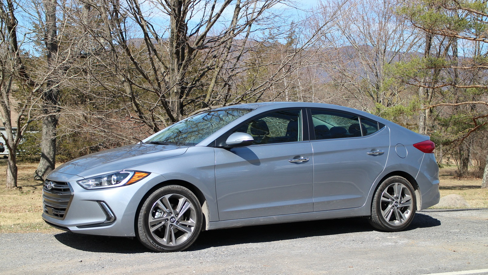 2017 Hyundai Elantra Limited, Catskill Mountains, NY, Apr 2016