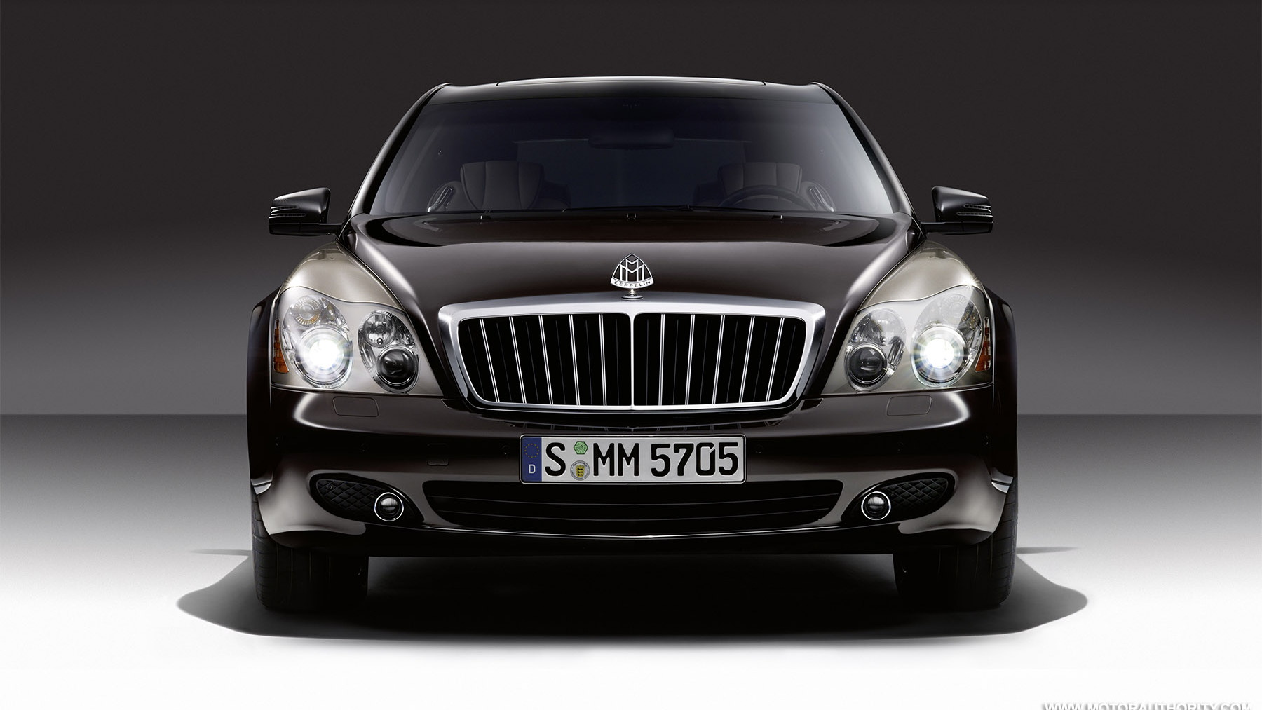 2010 maybach zeppelin 008