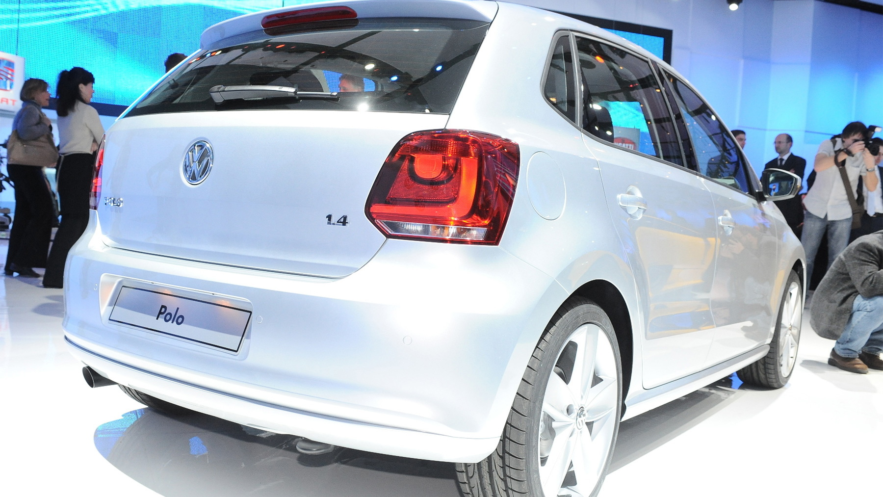 2010 volkswagen polo live 002