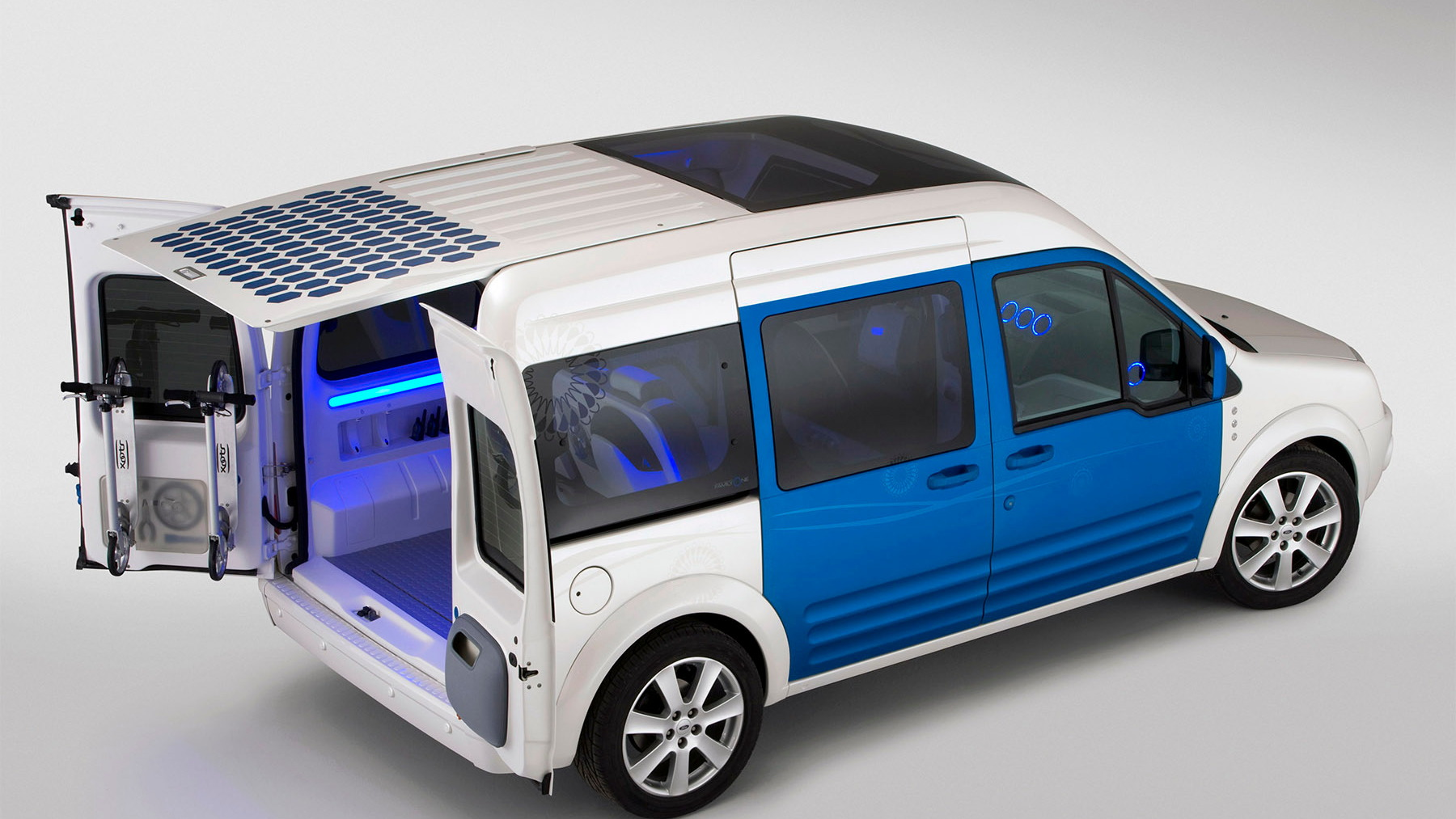ford transit connect family one concept 023