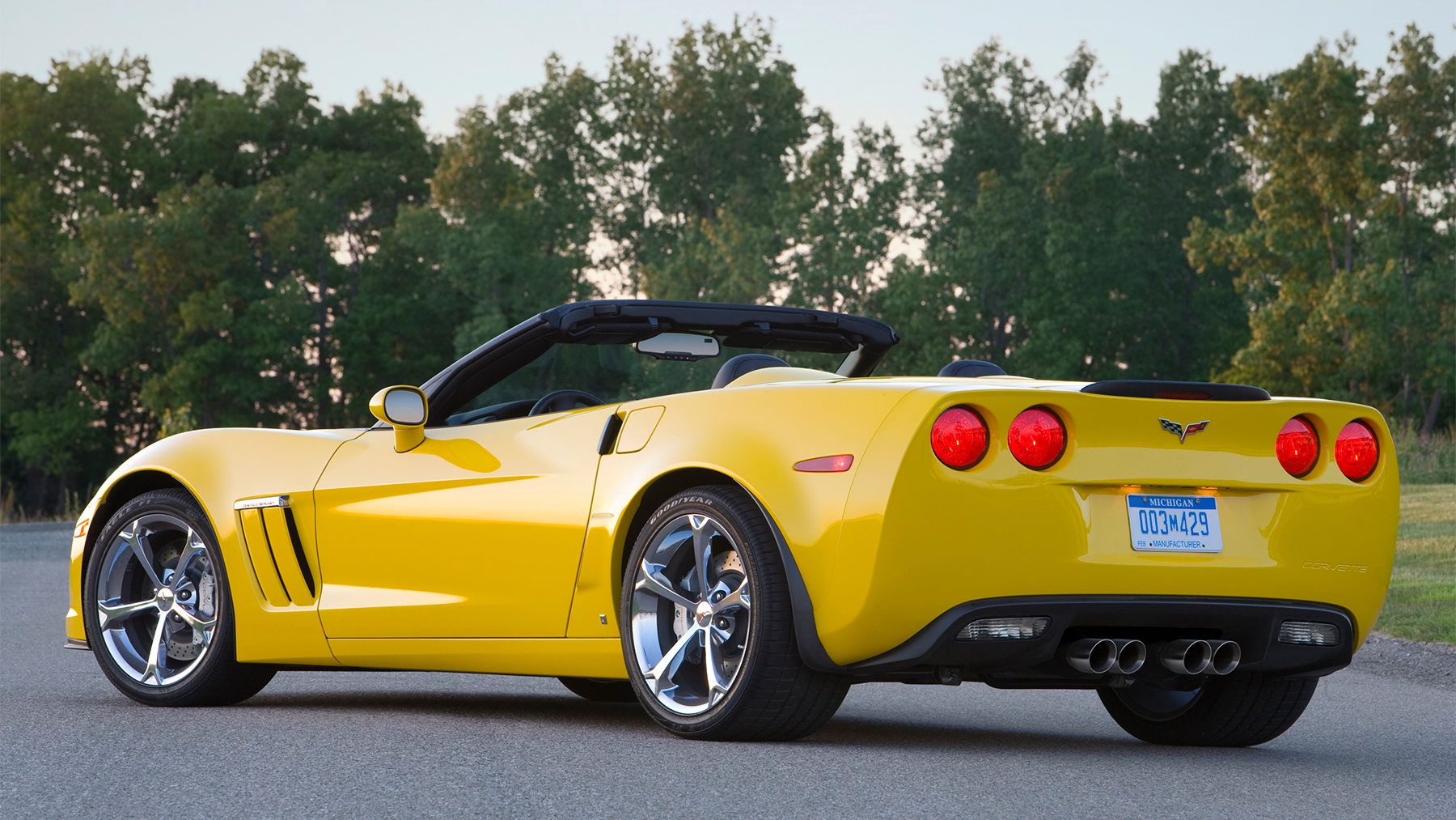 2010 chevrolet corvette grand sport june 005