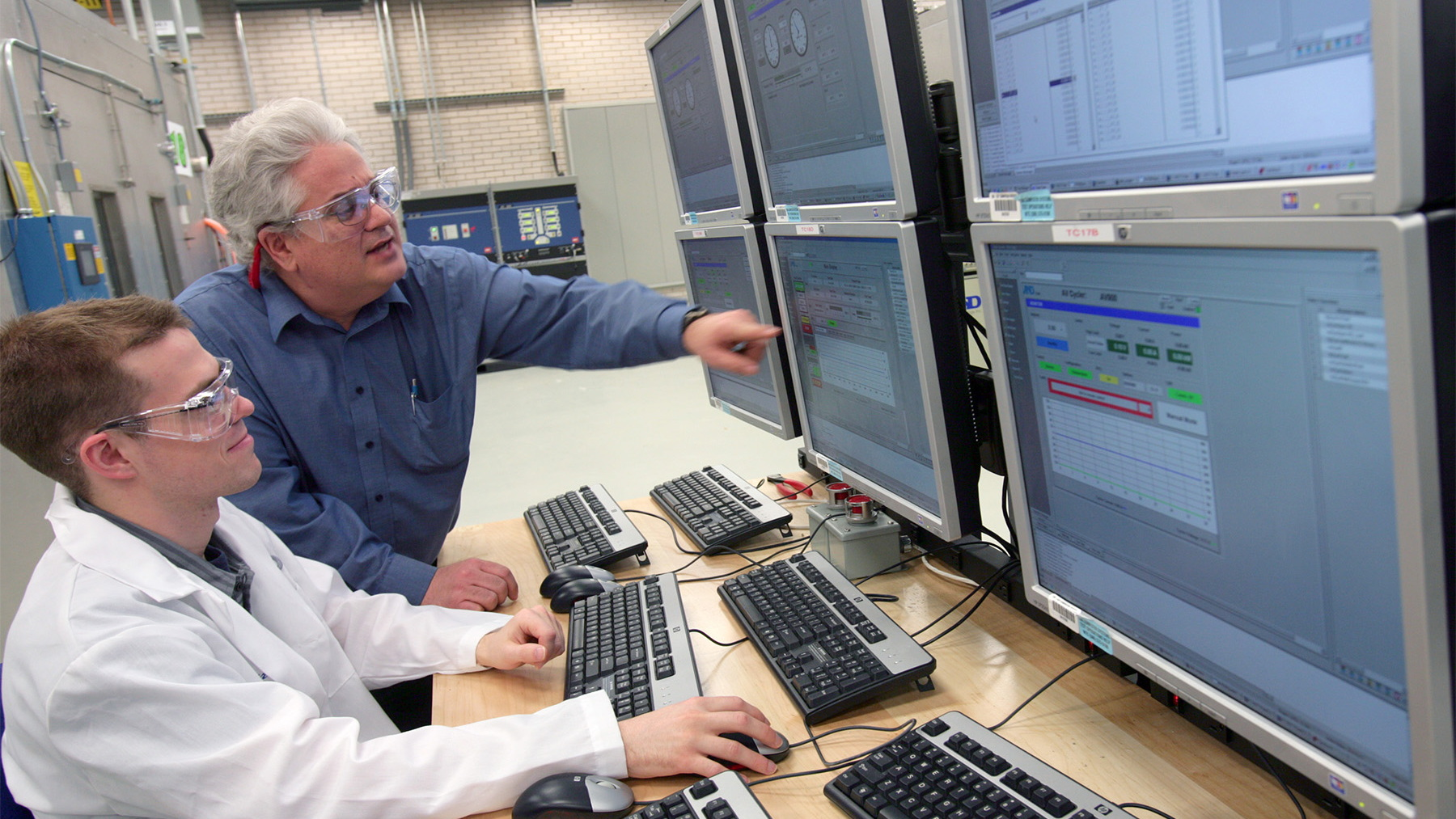 gm global battery systems lab 008