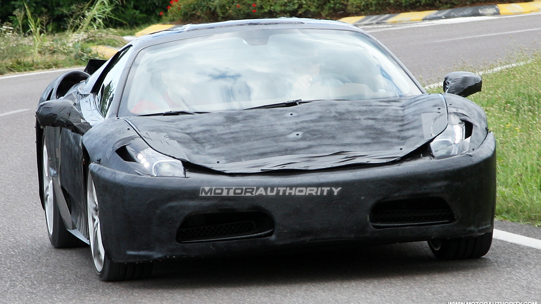 2011 ferrari f450 prototype spy shots july 001