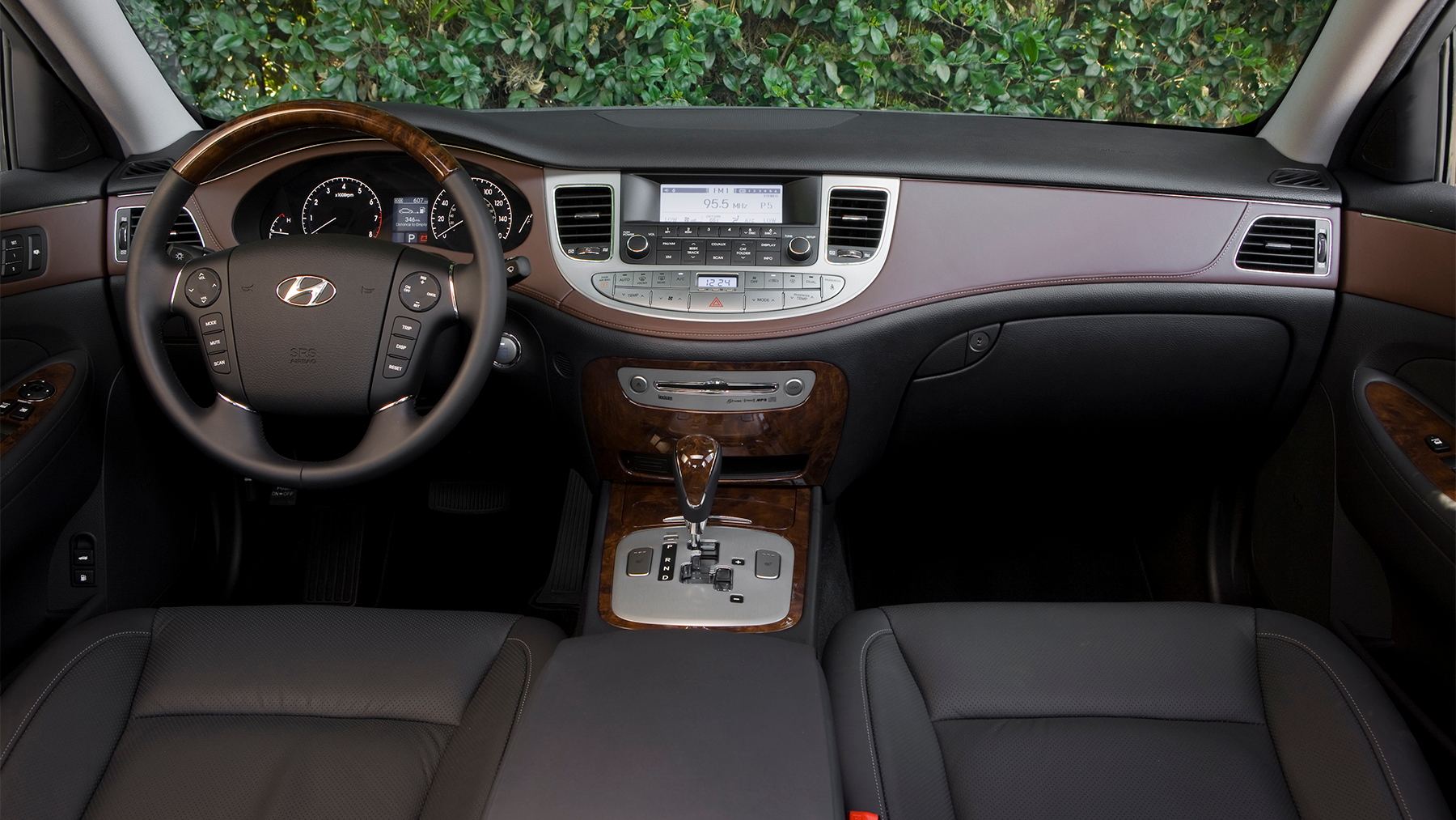 2009 hyundai genesis sedan 017