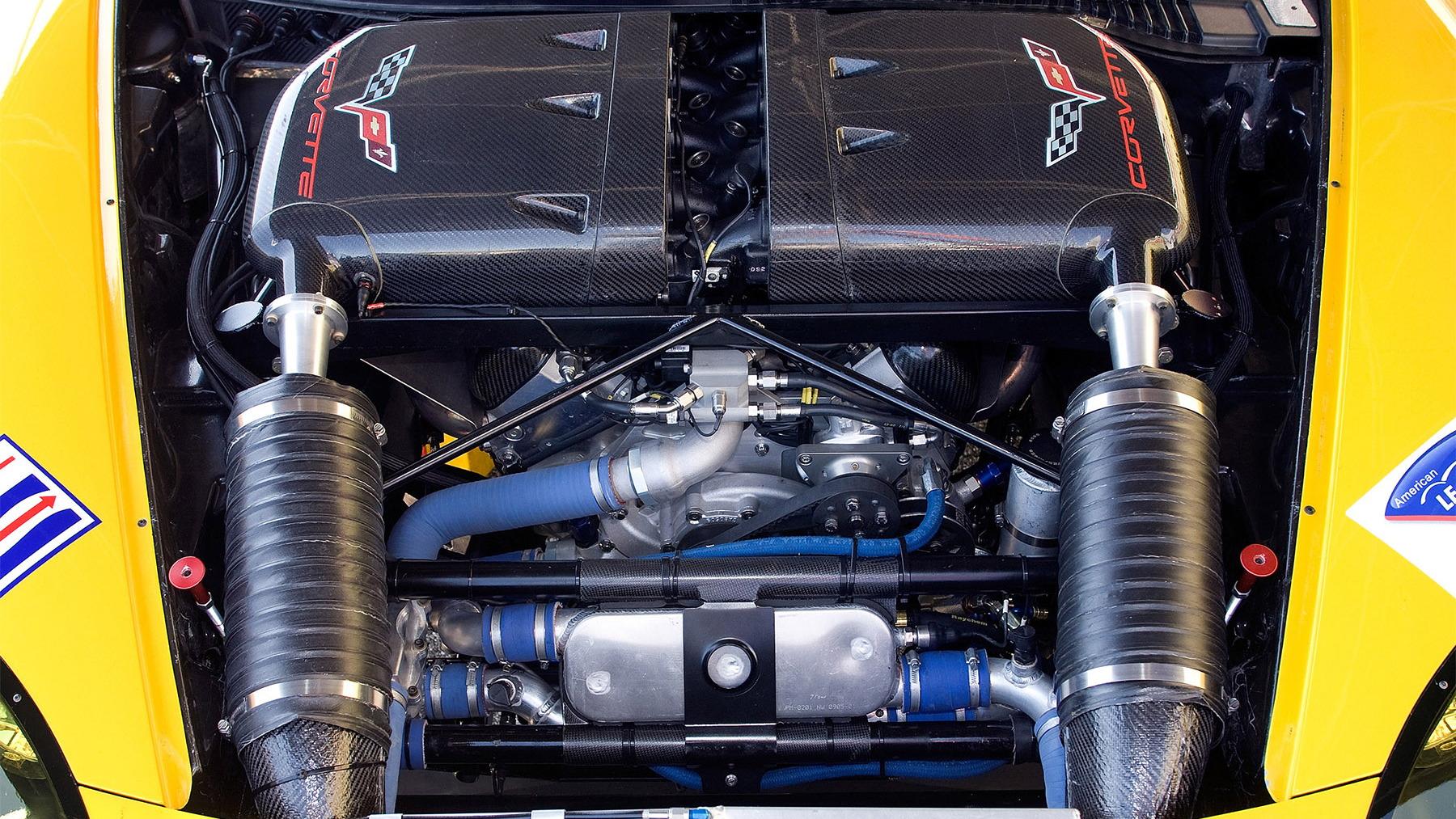 corvette c6r gt2 racecar 019