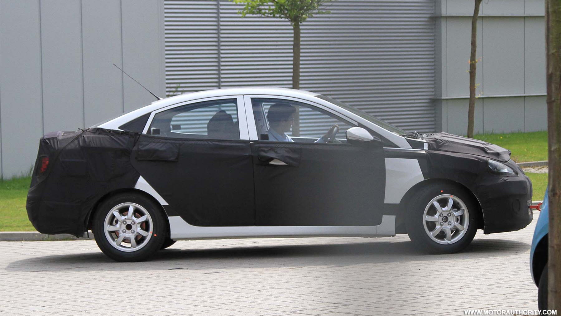 2012 Hyundai Accent spy shots