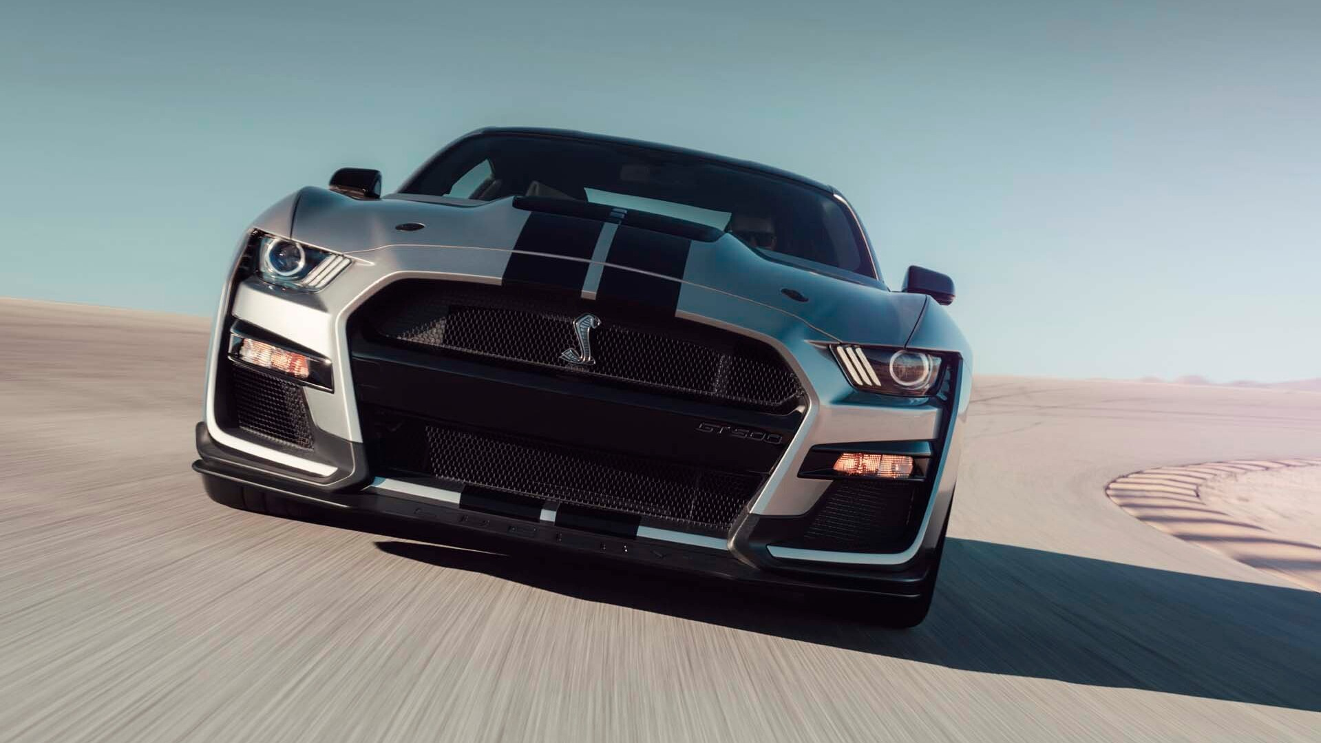 ford   interest  setting record lap times   mustang shelby gt