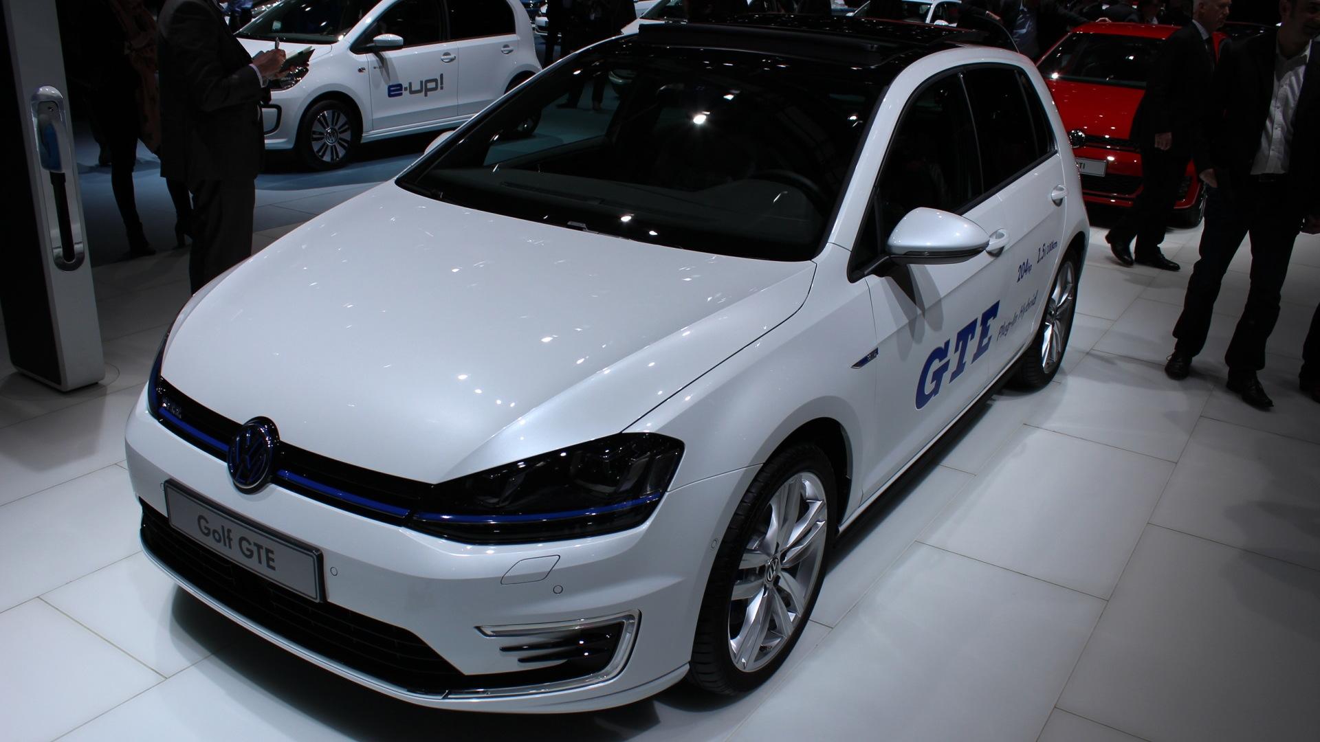 Volkswagen Golf GTE Plug-In Hybrid  -  2014 Geneva Auto Show live photos
