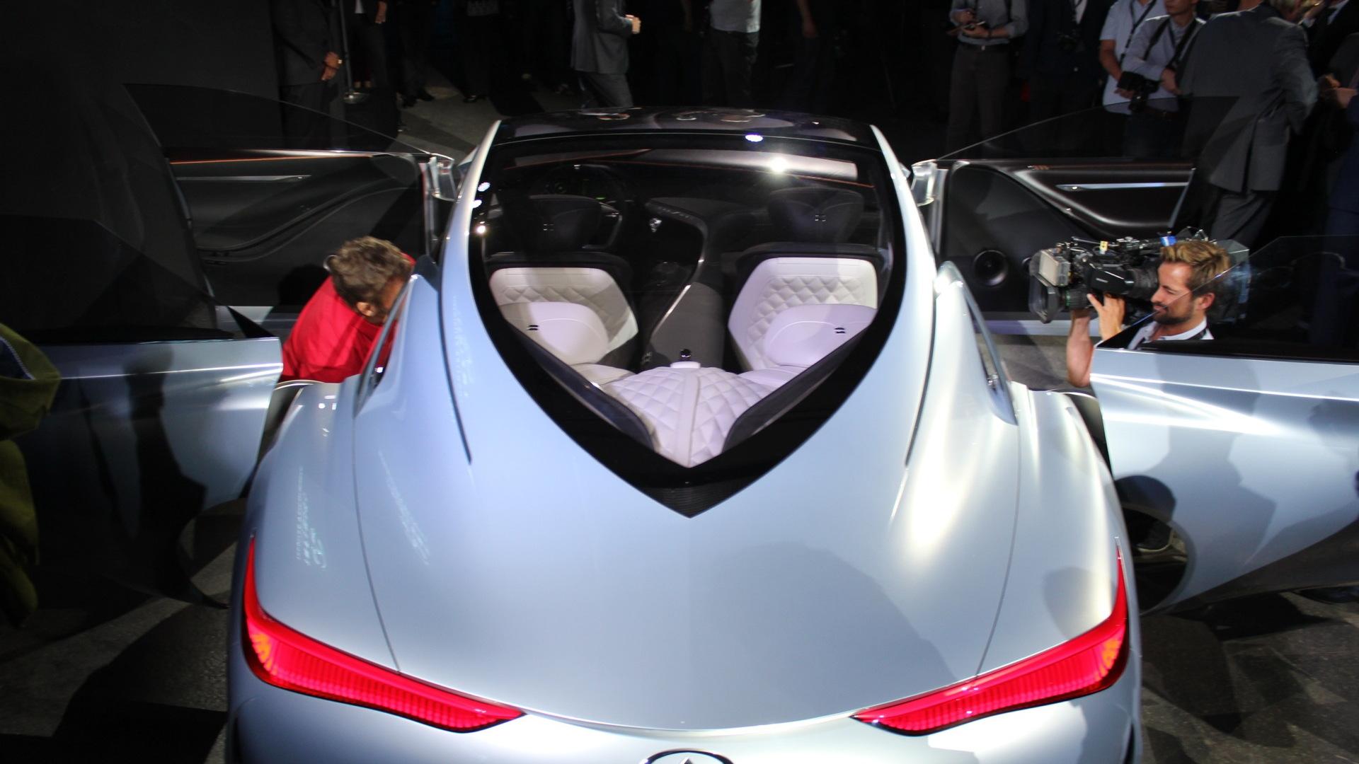 Infiniti Q80 Inspiration Concept  -  2014 Paris Auto Show (private event)