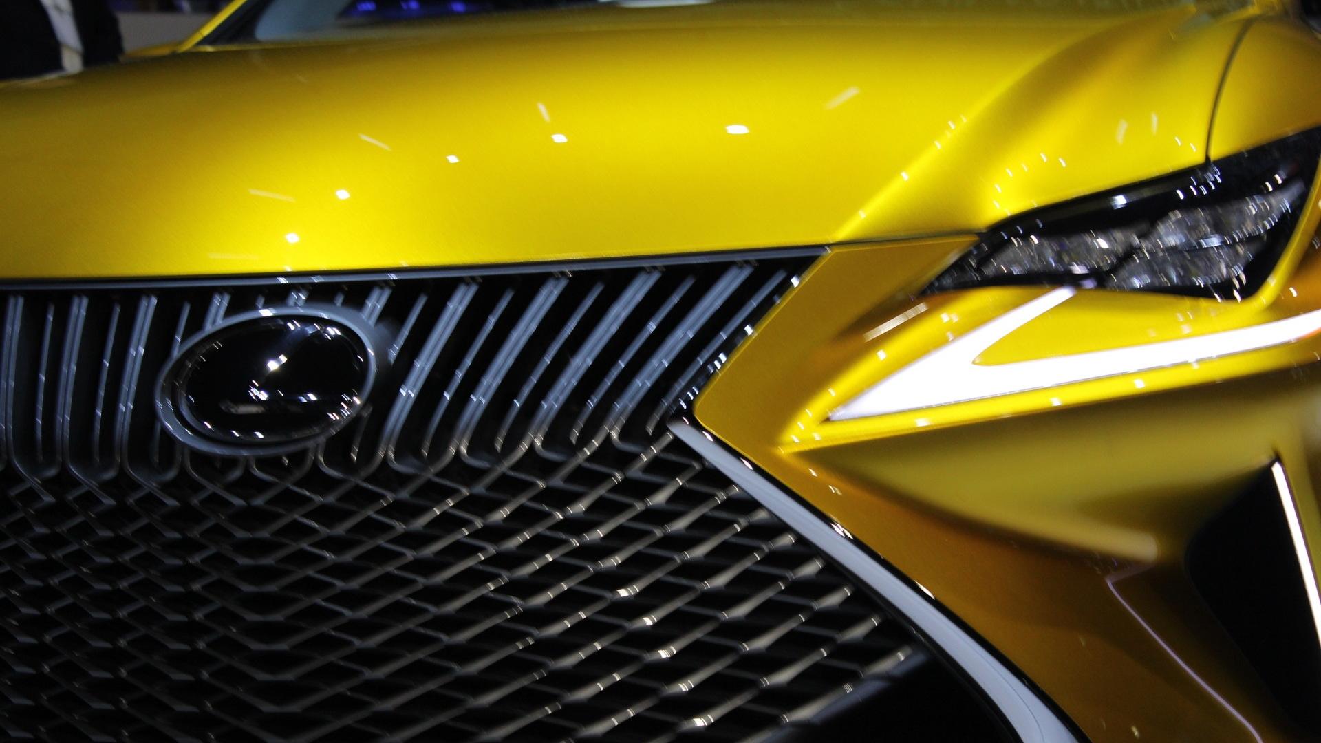 Lexus LF-C2 Concept Convertible  -  2014 Los Angeles Auto Show live photos