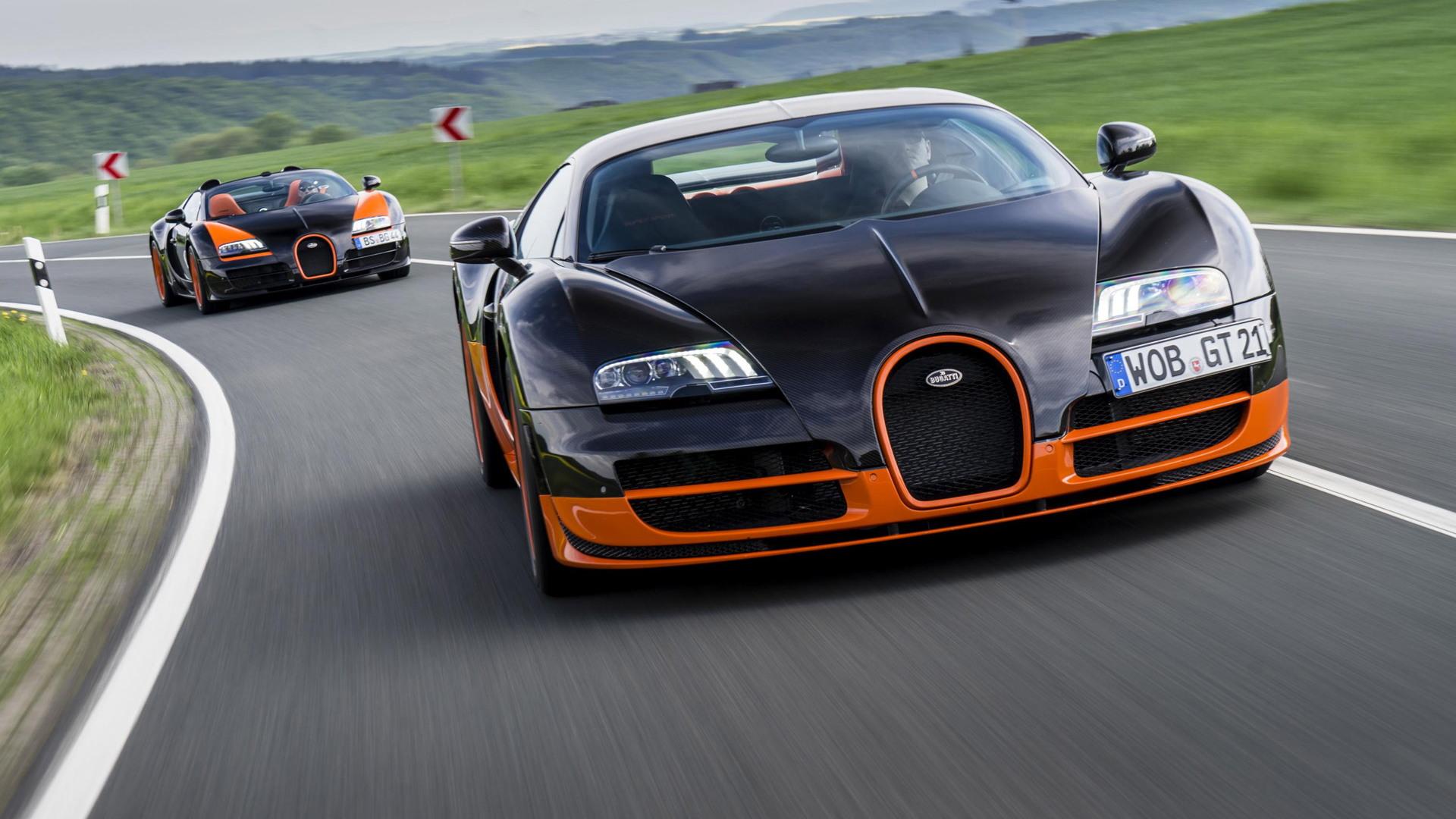 Bugatti Veyron Super Sport and Veyron Grand Sport Vitesse land speed record holders