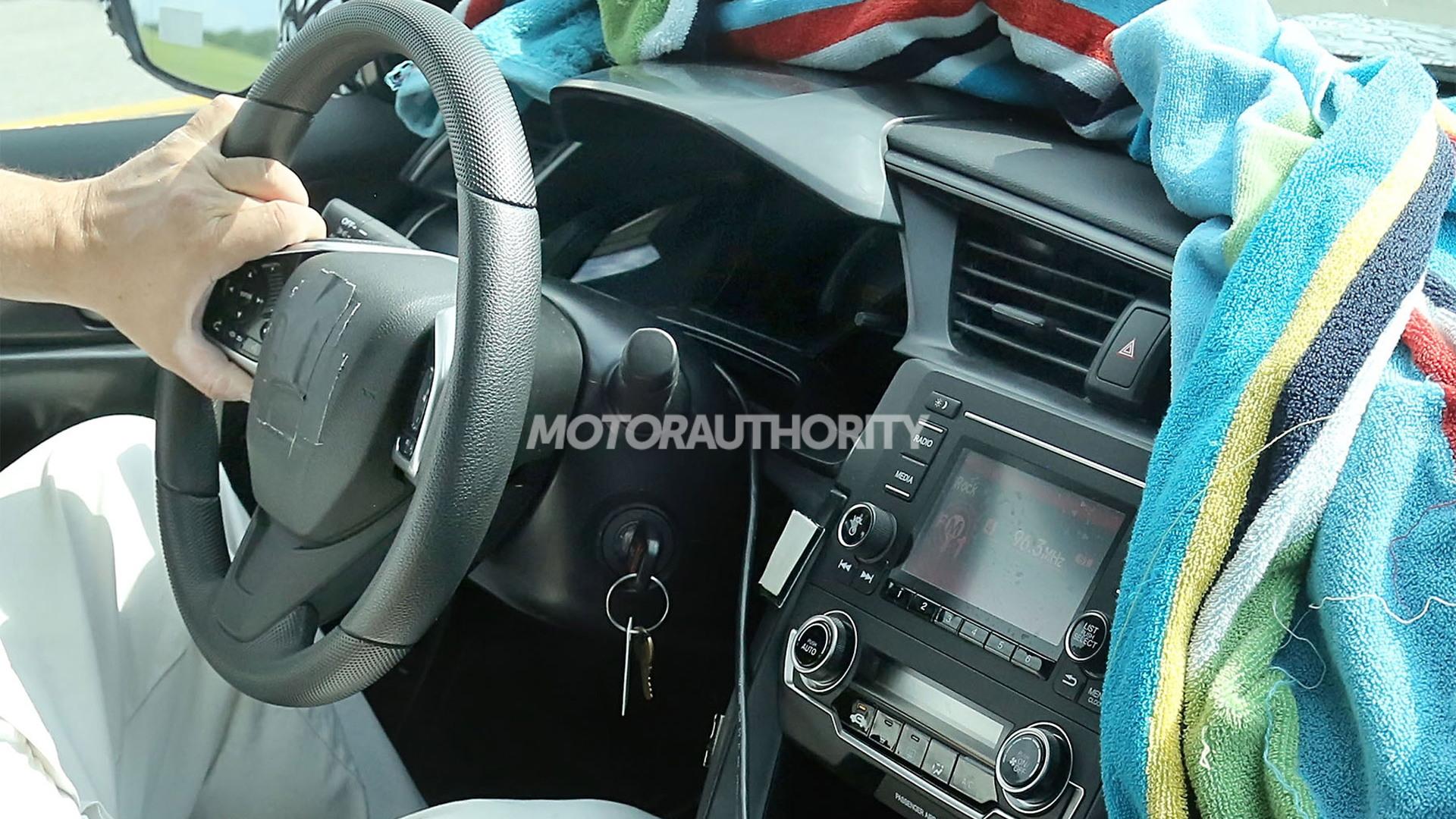 2016 Honda Civic spy shots - Image via S. Baldauf/SB-Medien