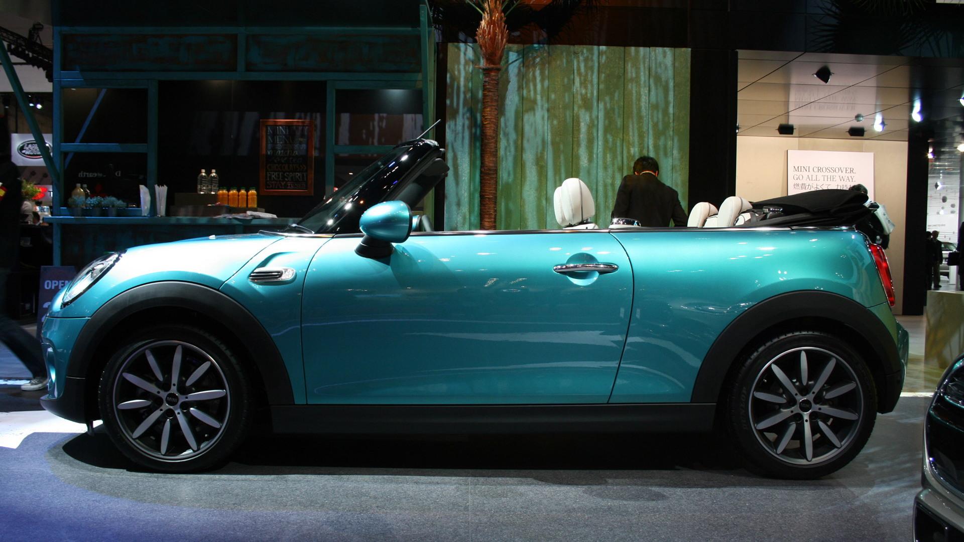 2016 MINI Convertible, 2015 Tokyo Motor Show