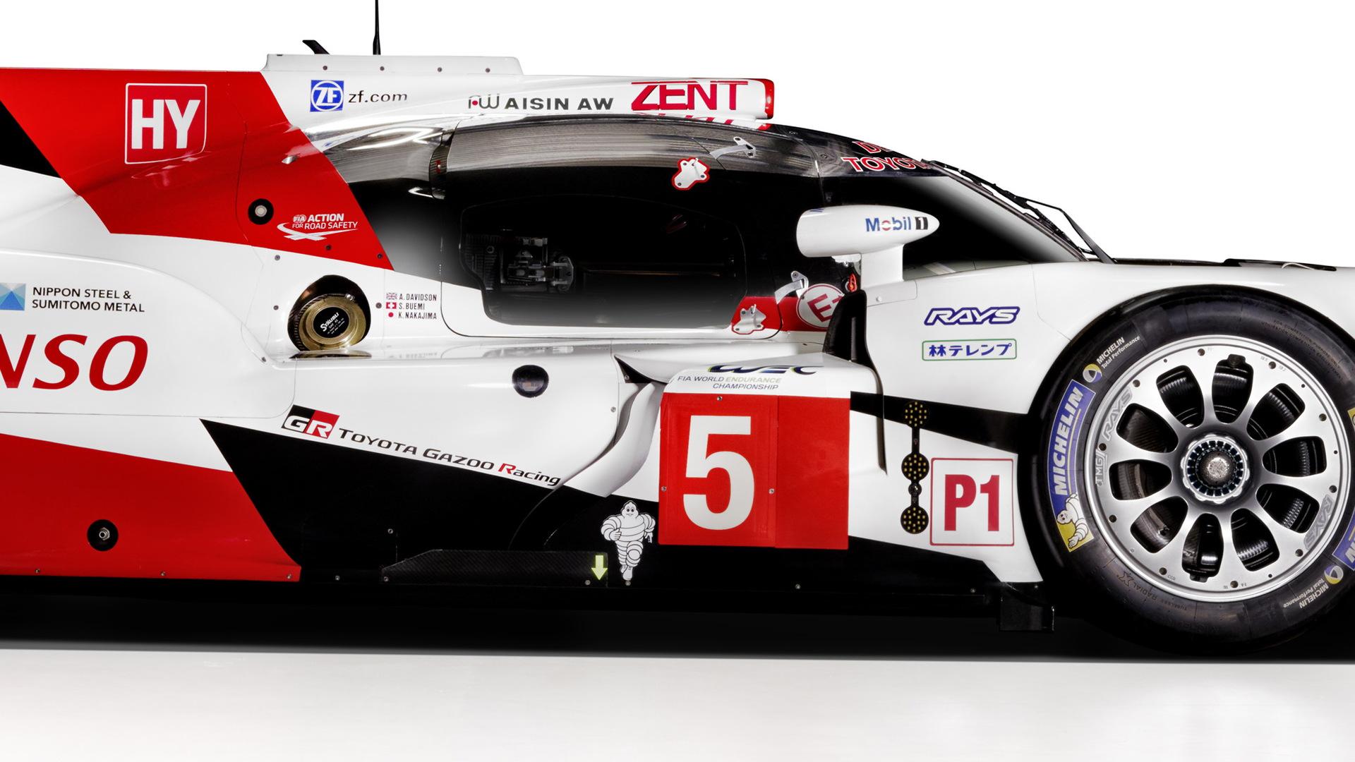 2016 Toyota TS050 Hybrid LMP1 race car