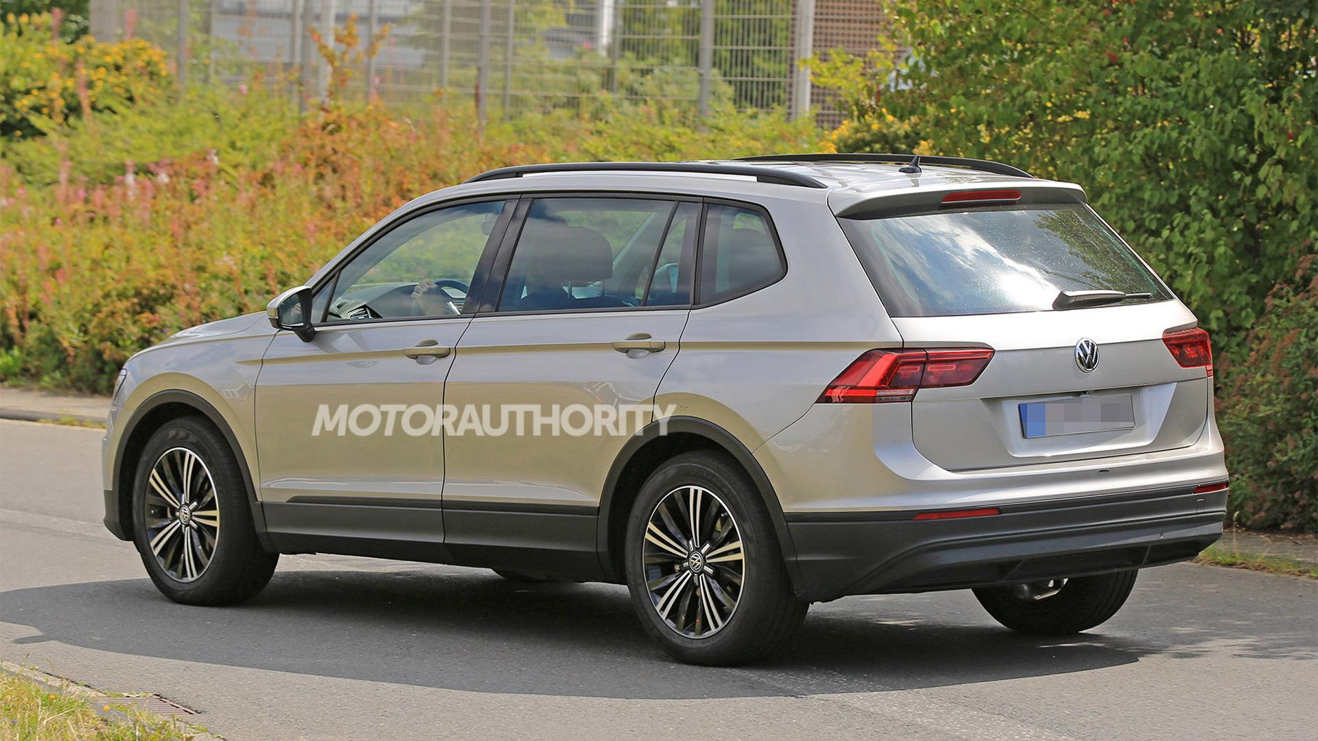 2018 Volkswagen Tiguan long-wheelbase model - Image via S. Baldauf/SB-Medien