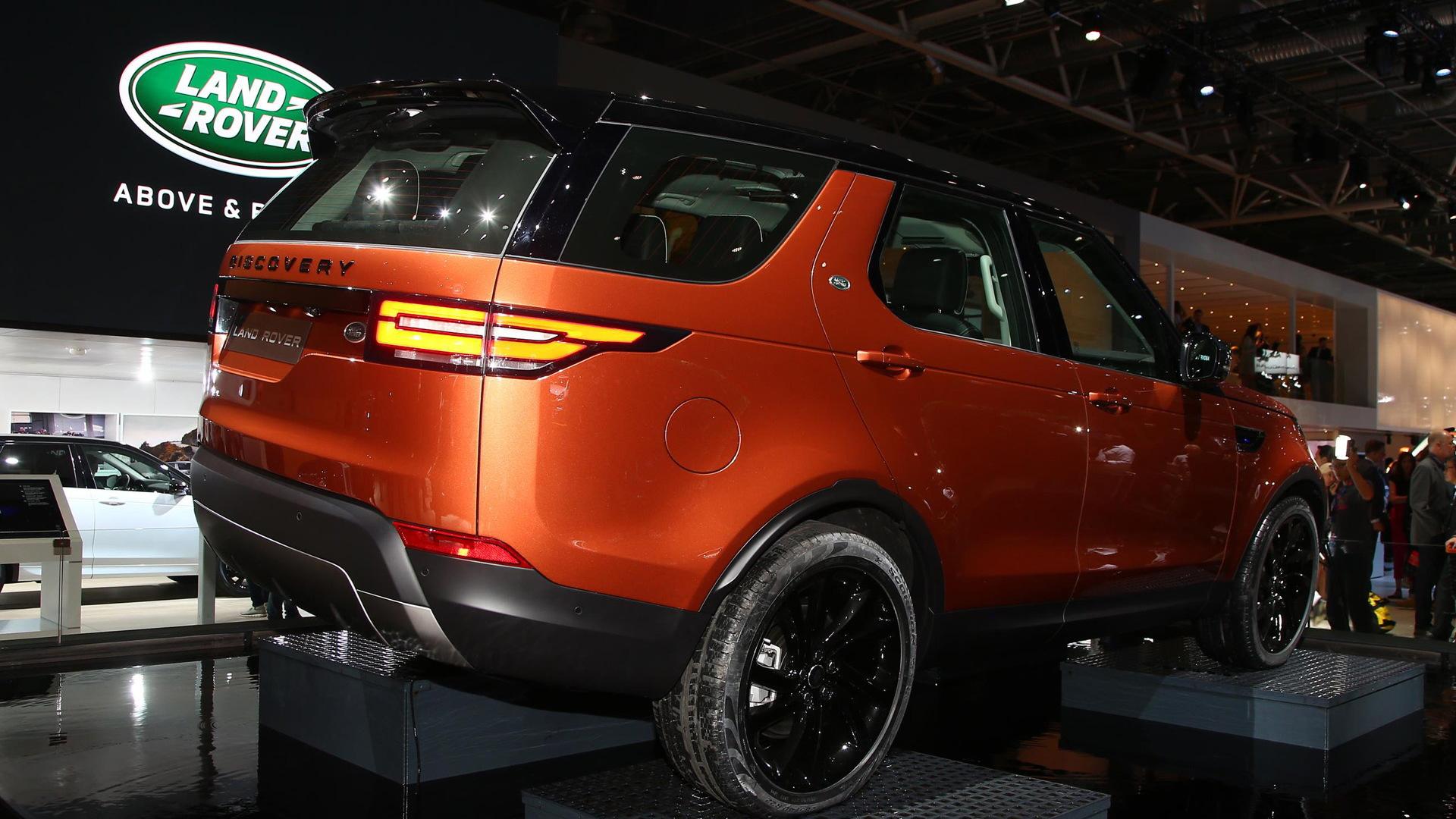 2017 Land Rover Discovery, 2016 Paris auto show