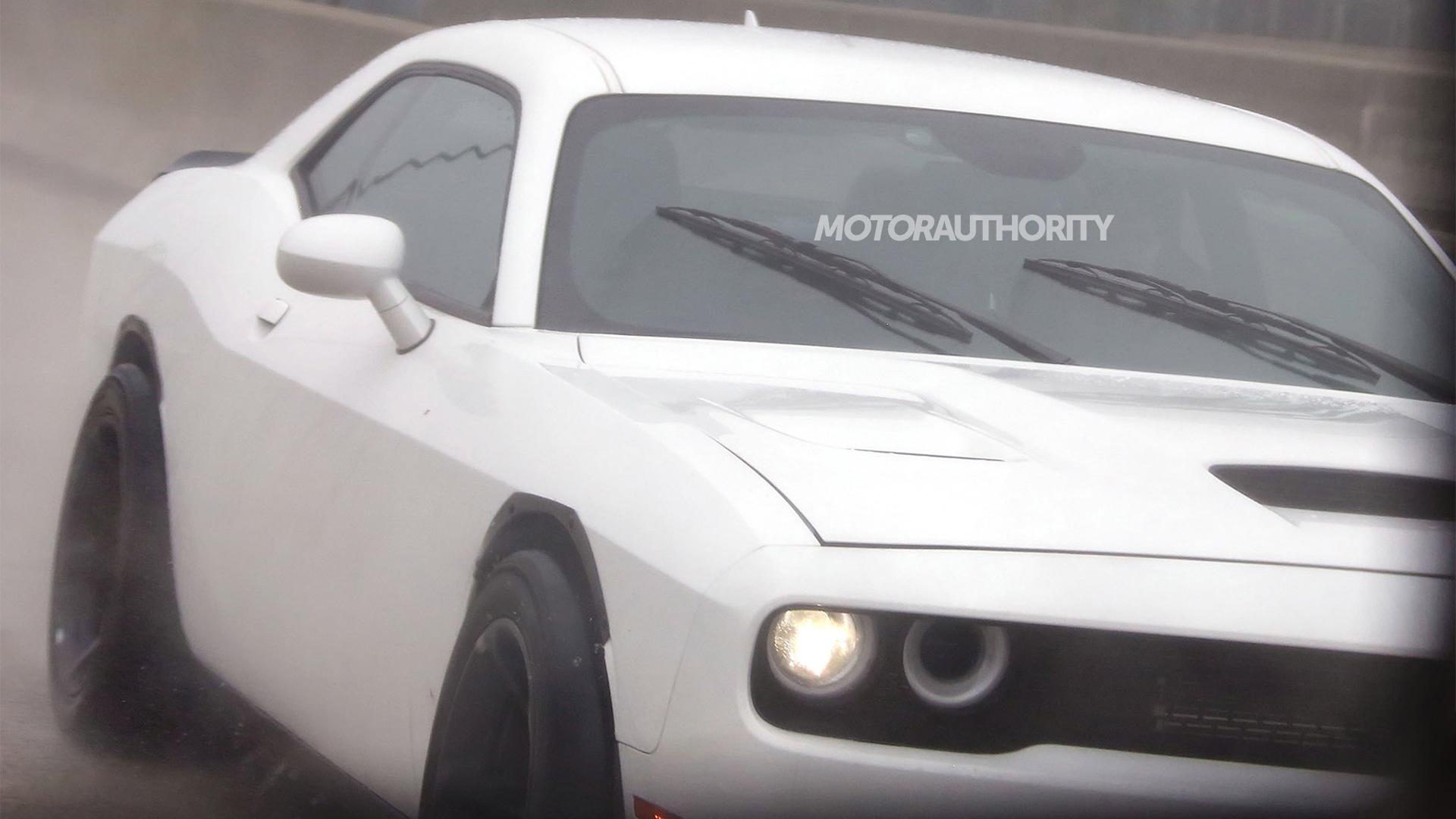 2018 Dodge Challenger ADR (wide-body SRT Hellcat) spy shots - Image via S. Baldauf/SB-Medien