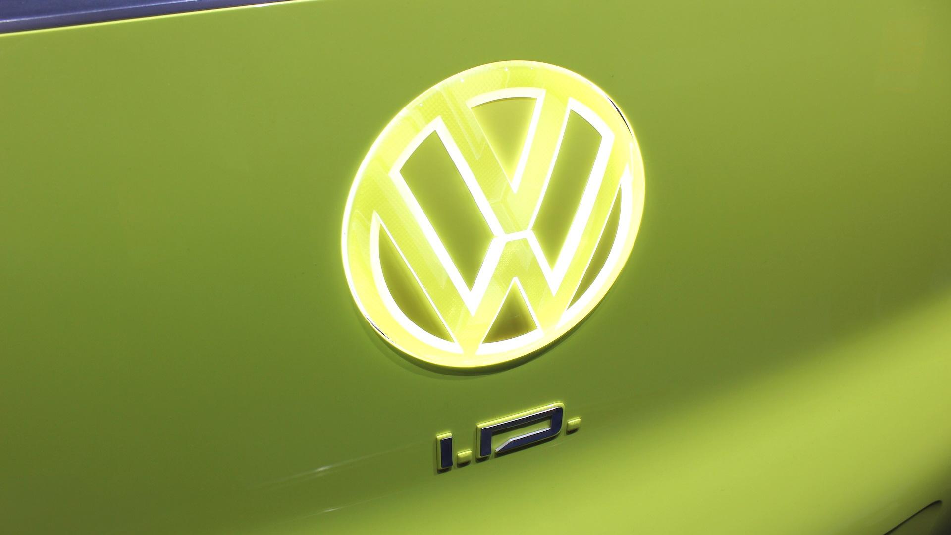 Volkswagen ID Buzz concept, 2017 Detroit auto show