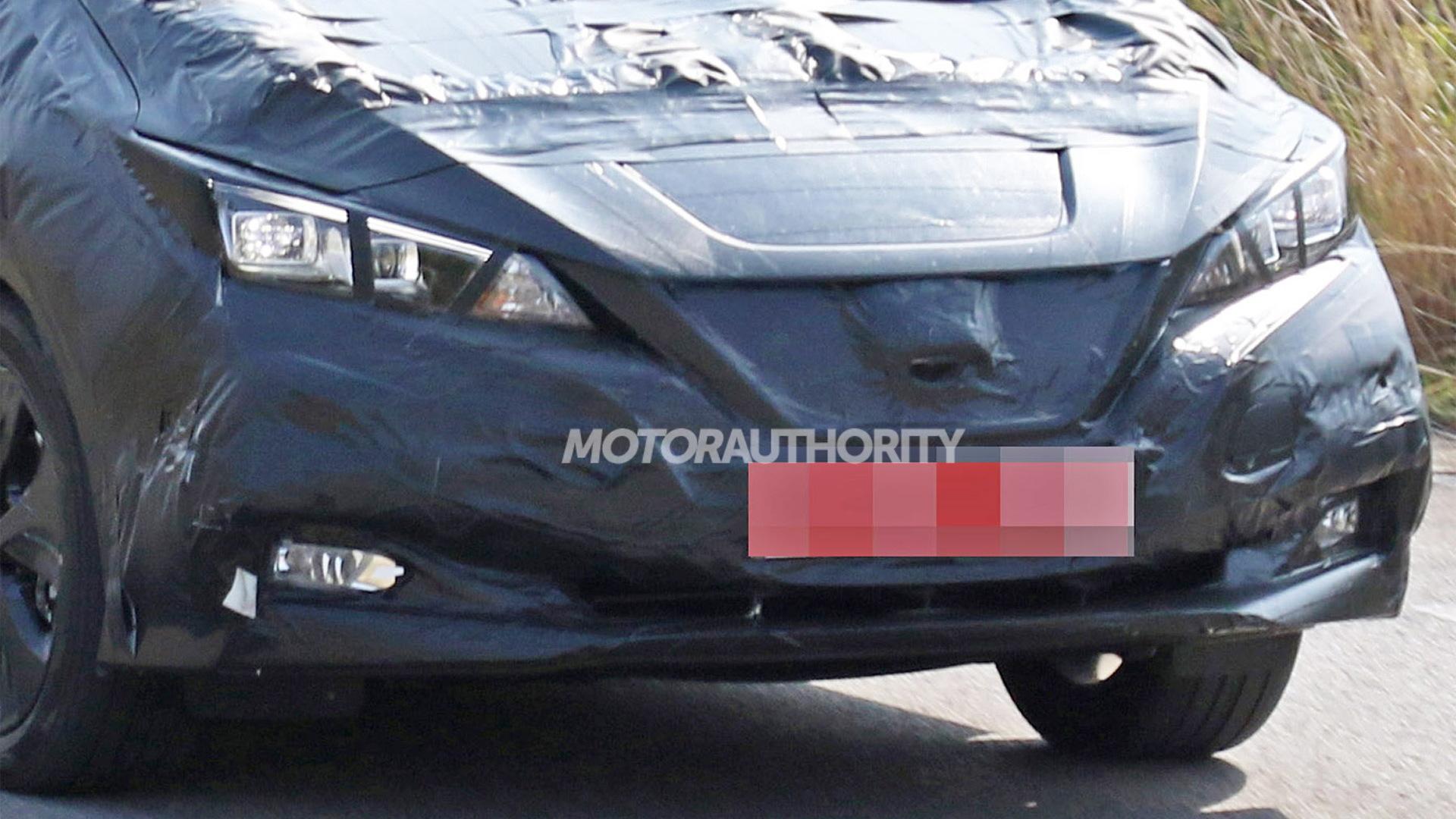 2018 Nissan Leaf spy shots - Image via S. Baldauf/SB-Medien