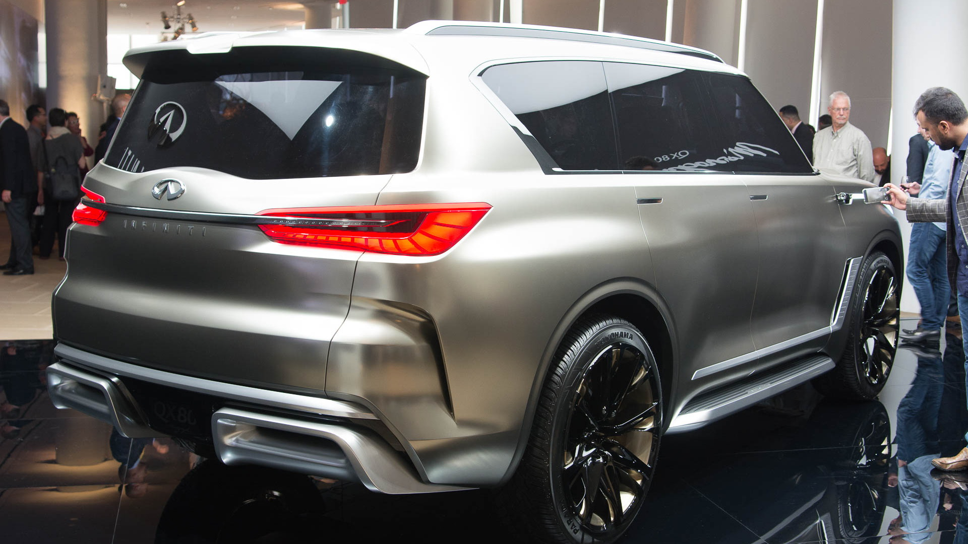 Infiniti previews next-gen QX3 with Monograph concept