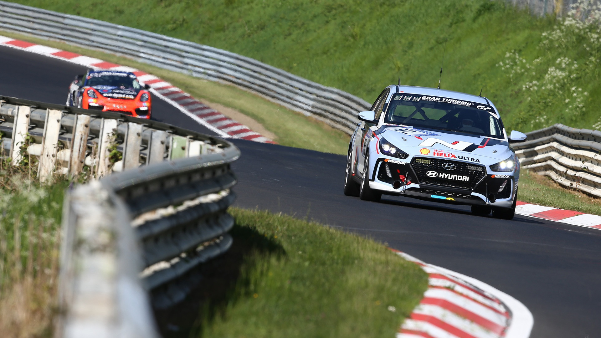 2018 Hyundai i30 N races in the 2017 24 Hours Nürburgring