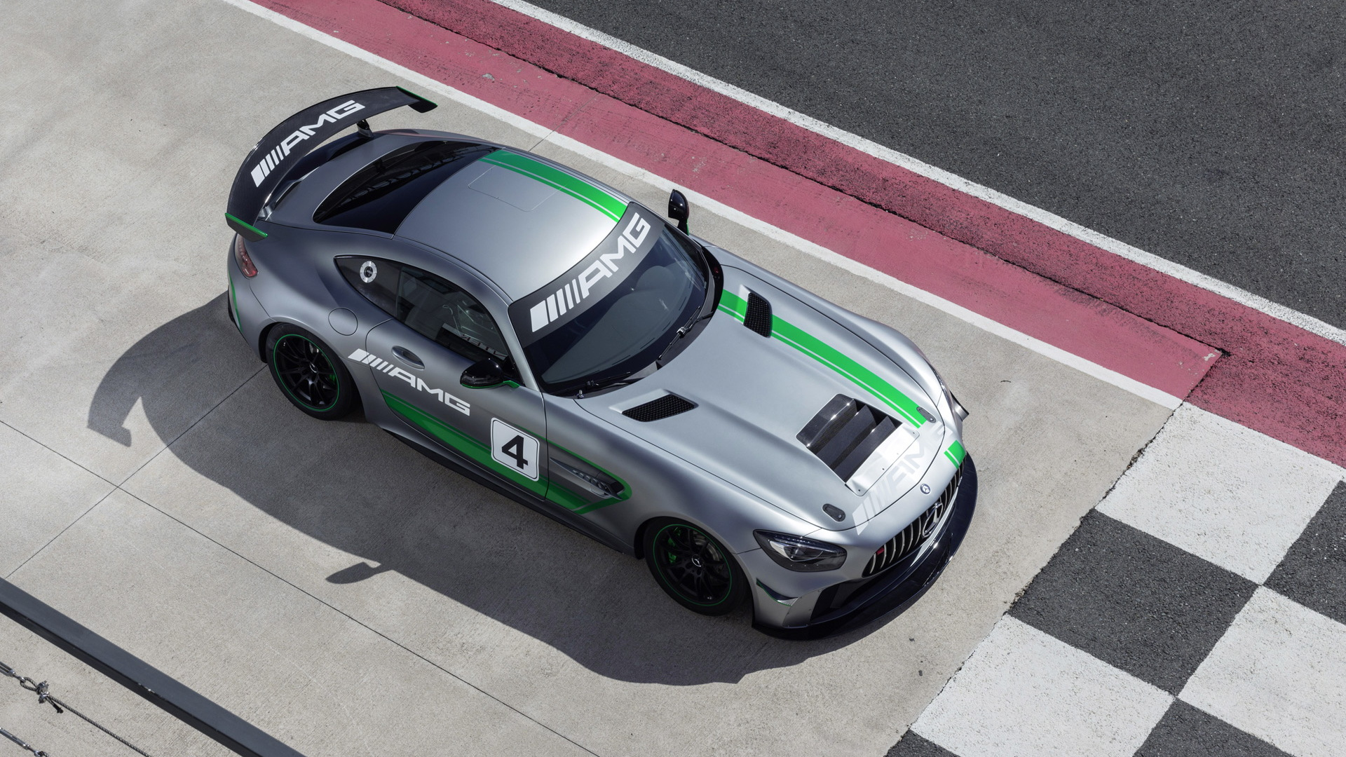2018 Mercedes-AMG GT4 race car