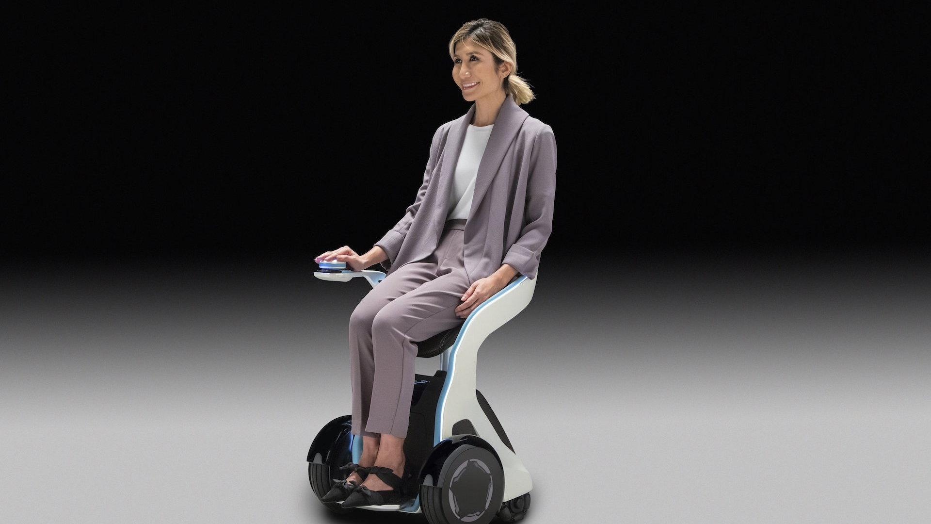 Honda 3E-B18 robot concept at 2018 CES