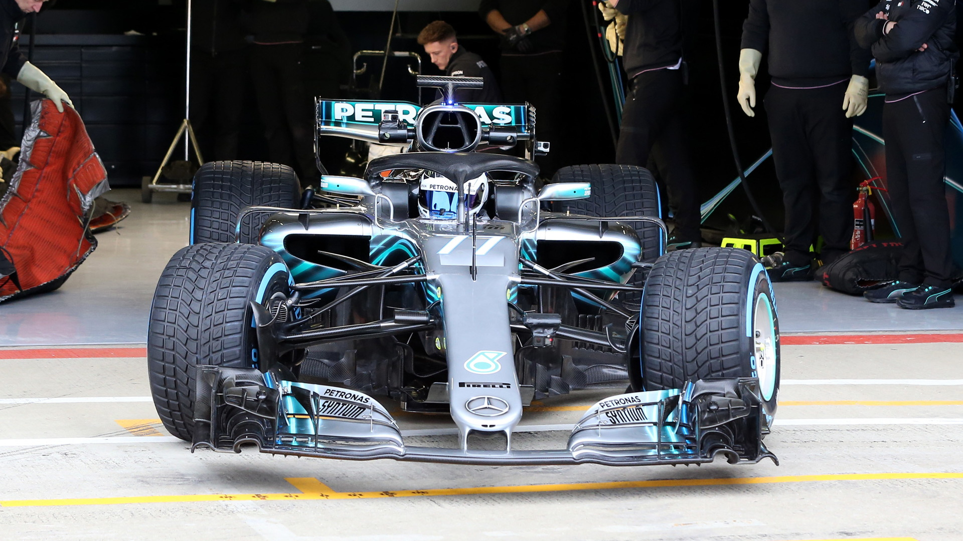 2018 Mercedes-AMG W09 EQ Power+ Formula 1 race car