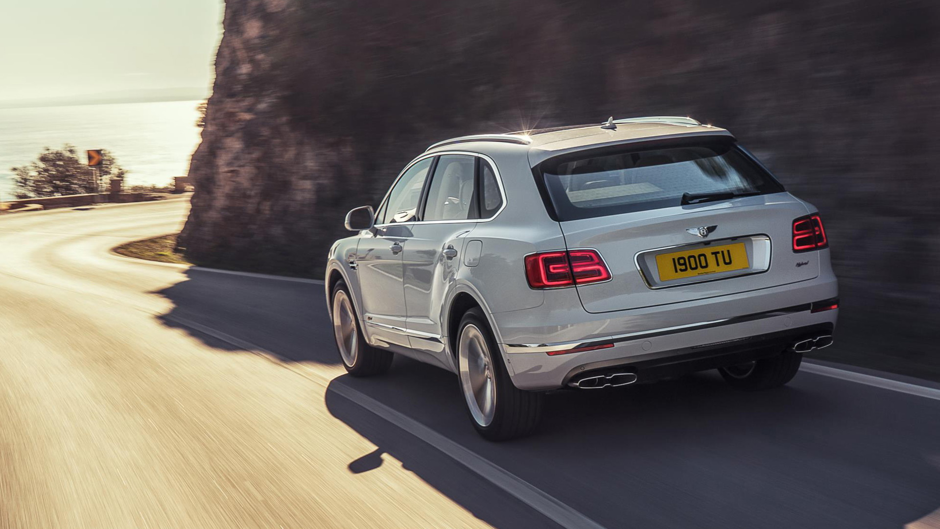 2020 Bentley Bentayga Hybrid