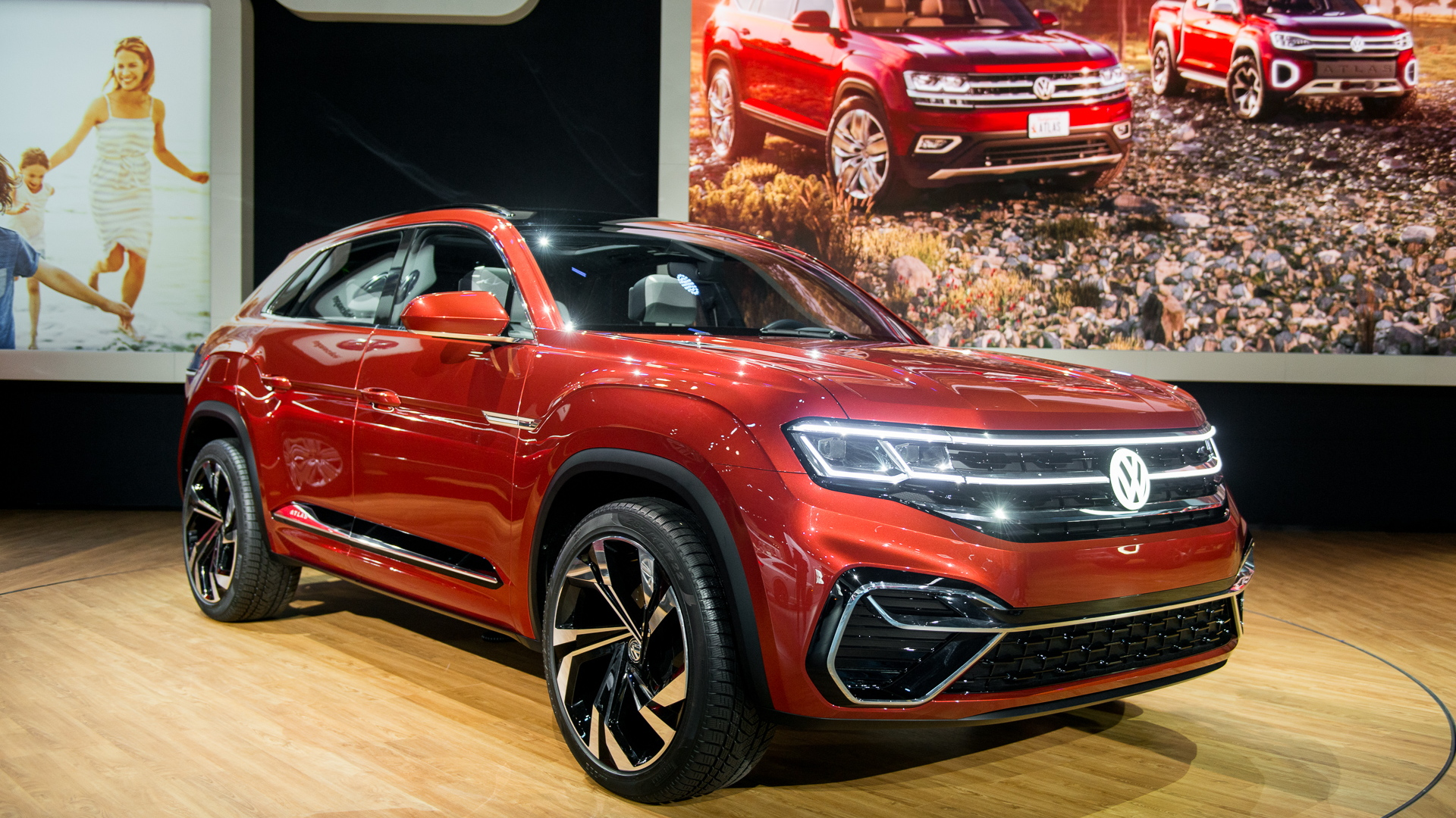 Vw Atlas Cross Sport Concept Ditches 3rd Row For Sharper Look