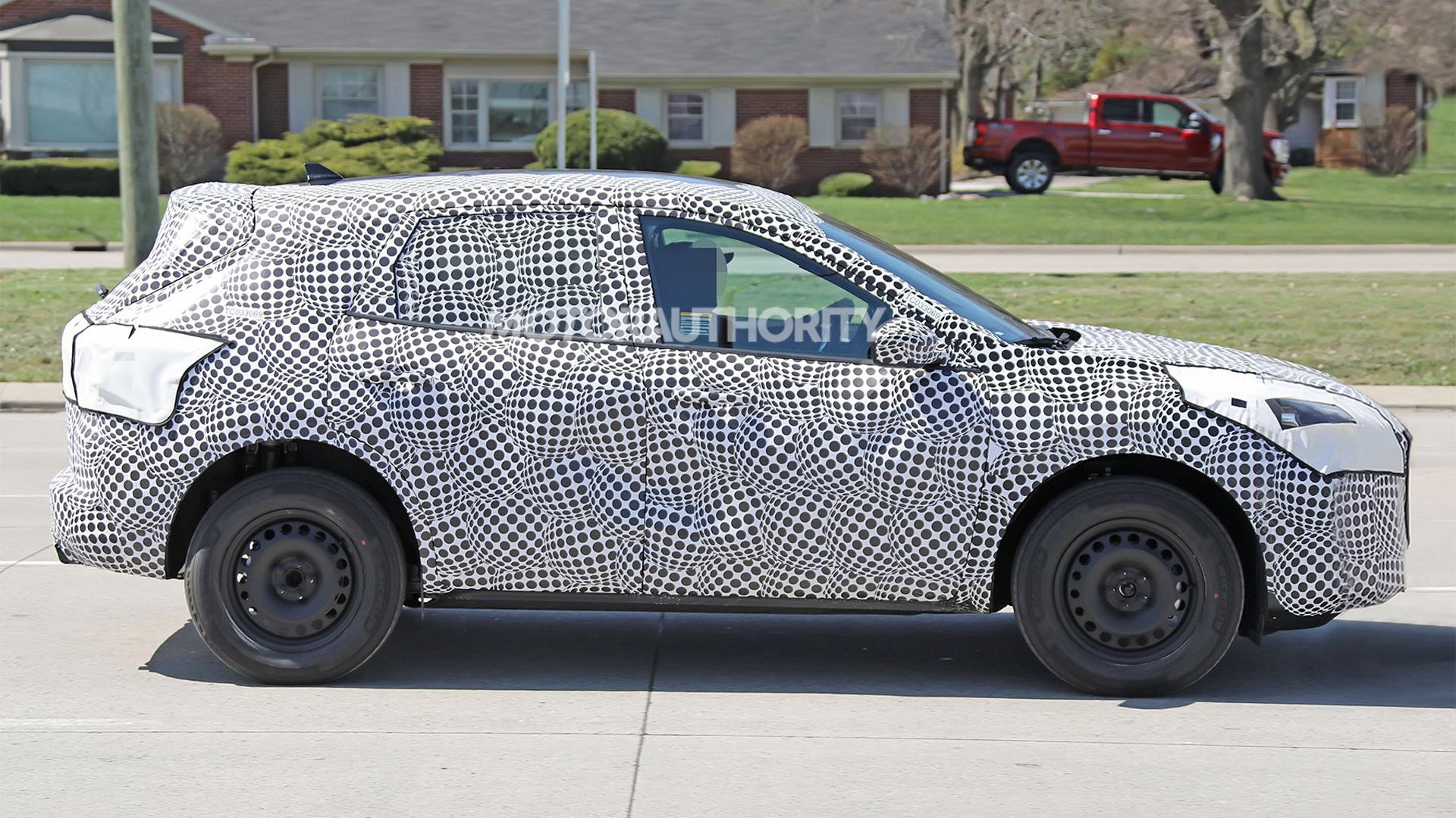 2020 Ford Escape (Kuga) spy shots - Image via S. Baldauf/SB-Medien