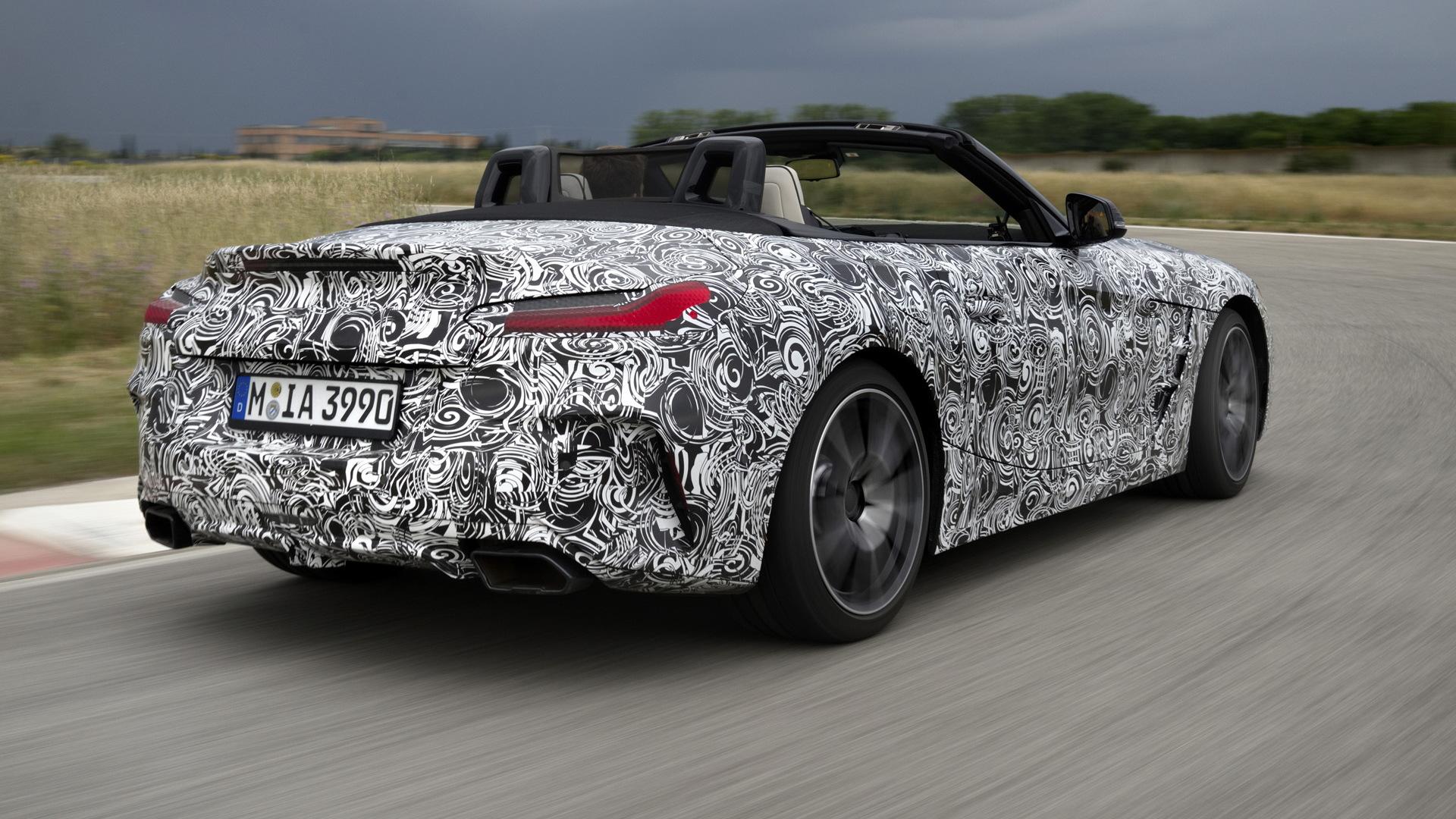2019 BMW Z4 prototype (Z4 M40i)