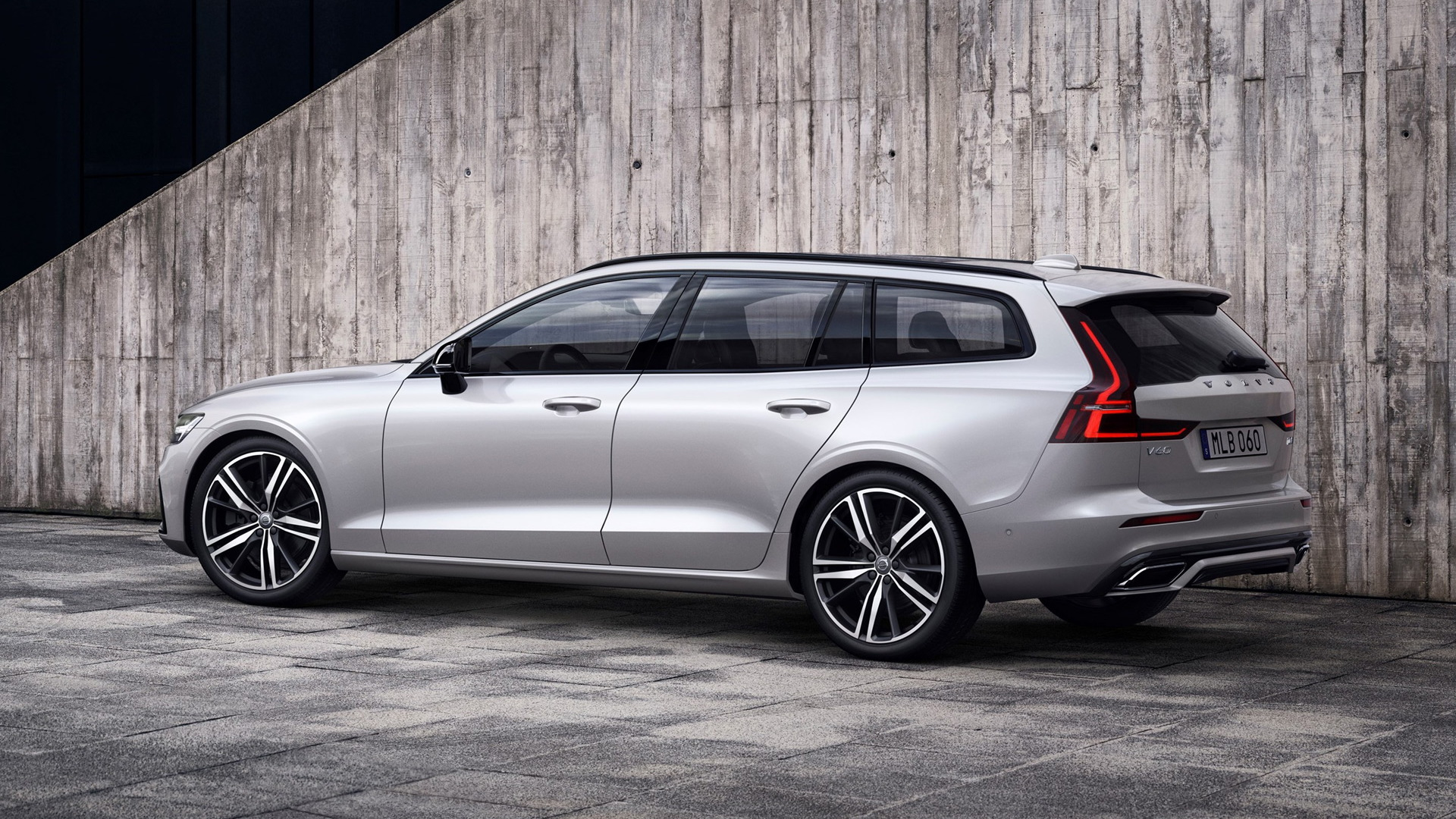 volvo v60 wagon sharpened with r