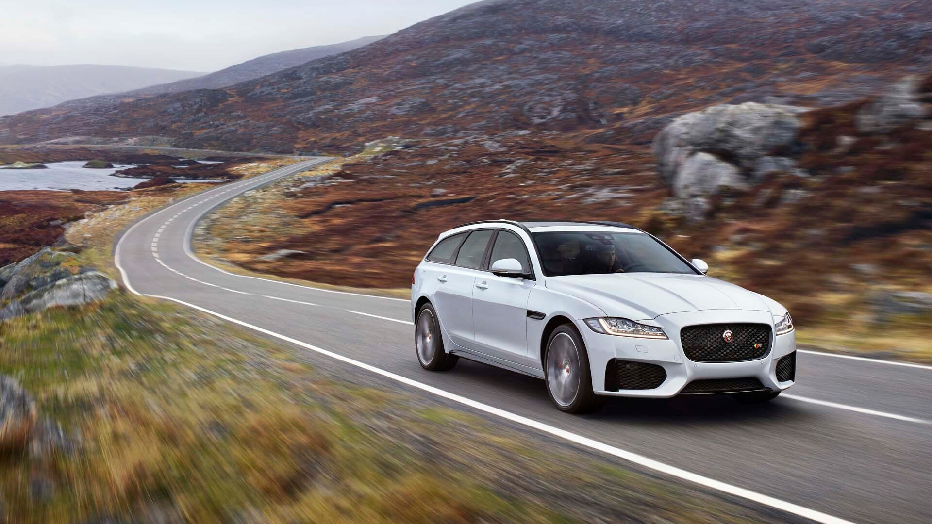 jaguar xf 2 2 diesel covers 816 miles on one tank  forbidden fruit