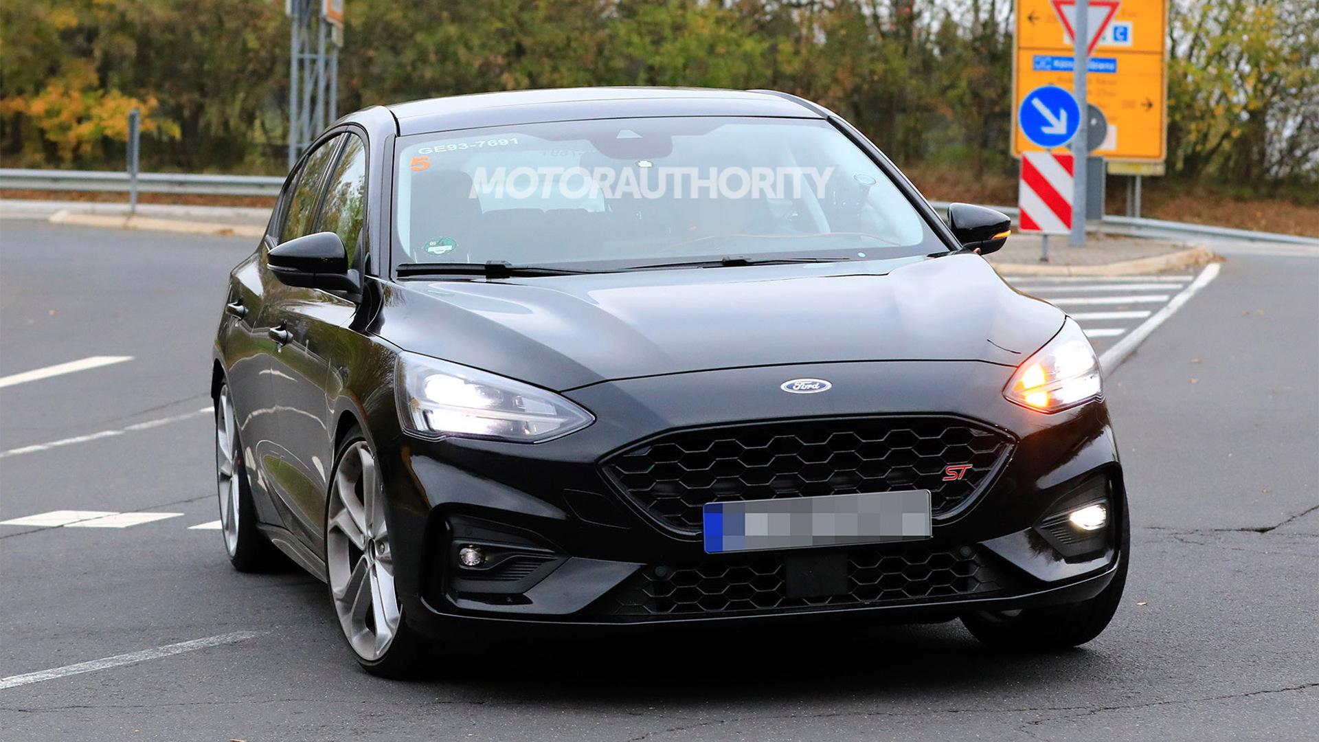 2019 Ford Focus ST spy shots - Image via S. Baldauf/SB-Medien